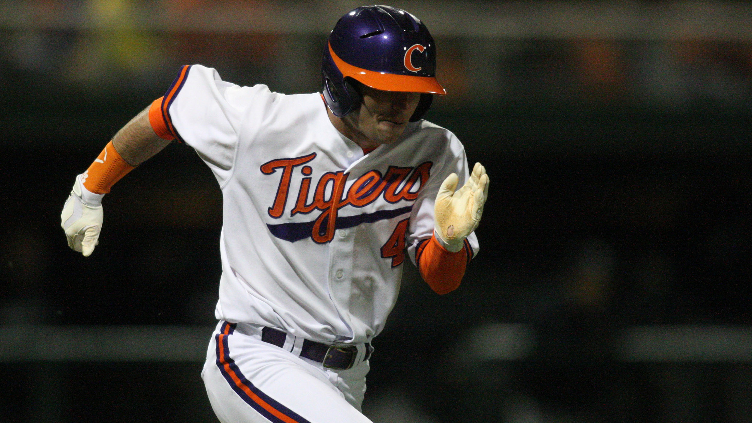 Six-Run Fourth Inning Lifts Clemson to 10-5 Win Over Eagles Tuesday
