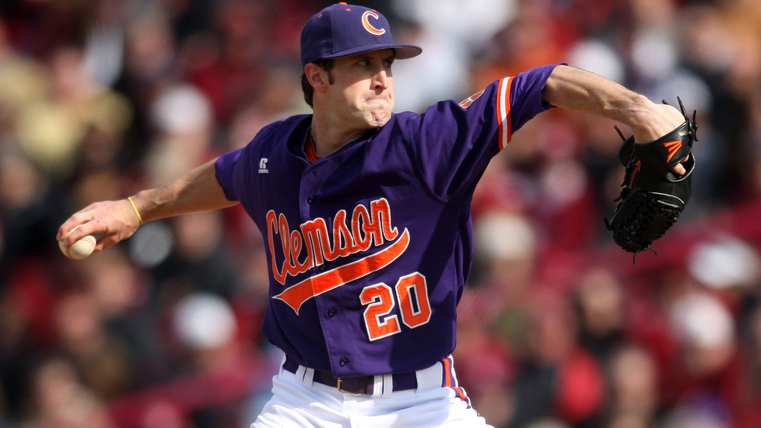 Tigers Outlast #1 North Carolina 5-4 in 11 Innings Monday Night