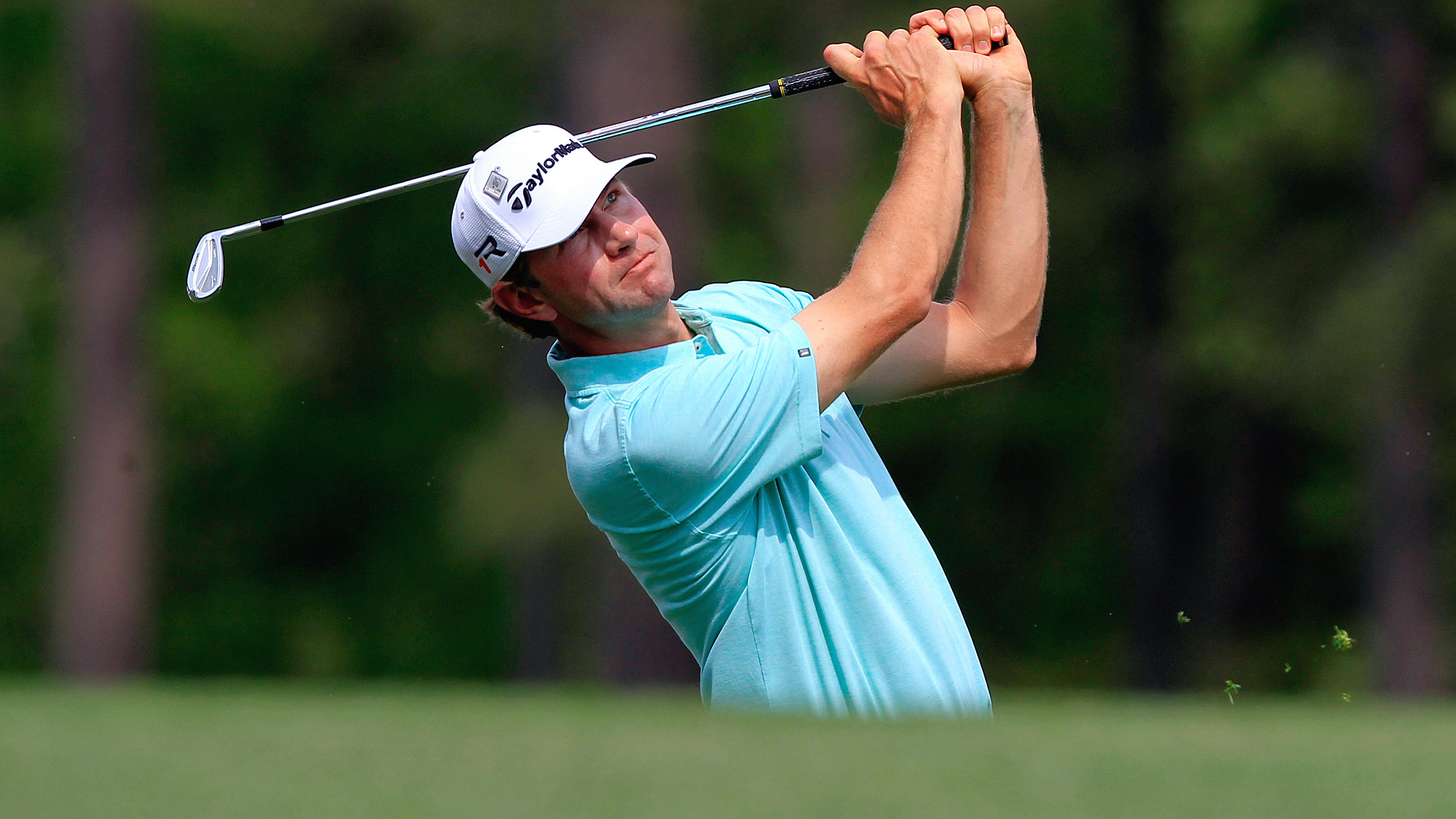 Glover Moves into Top 15 at Masters