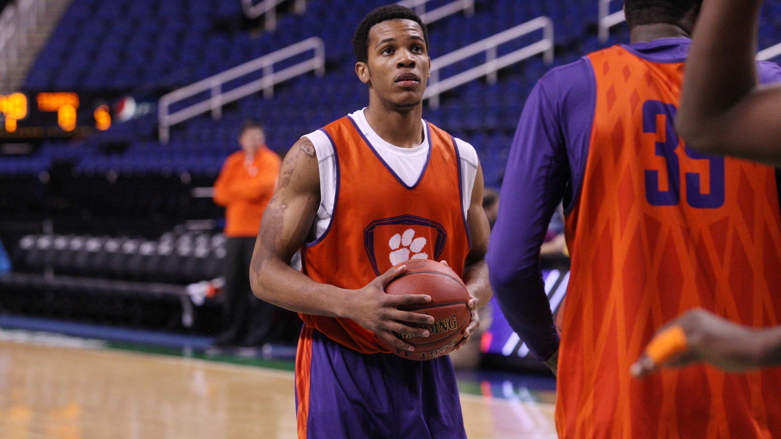 Clemson Men's Basketball Video Report: Blossomgame & Coleman Talk Rehab