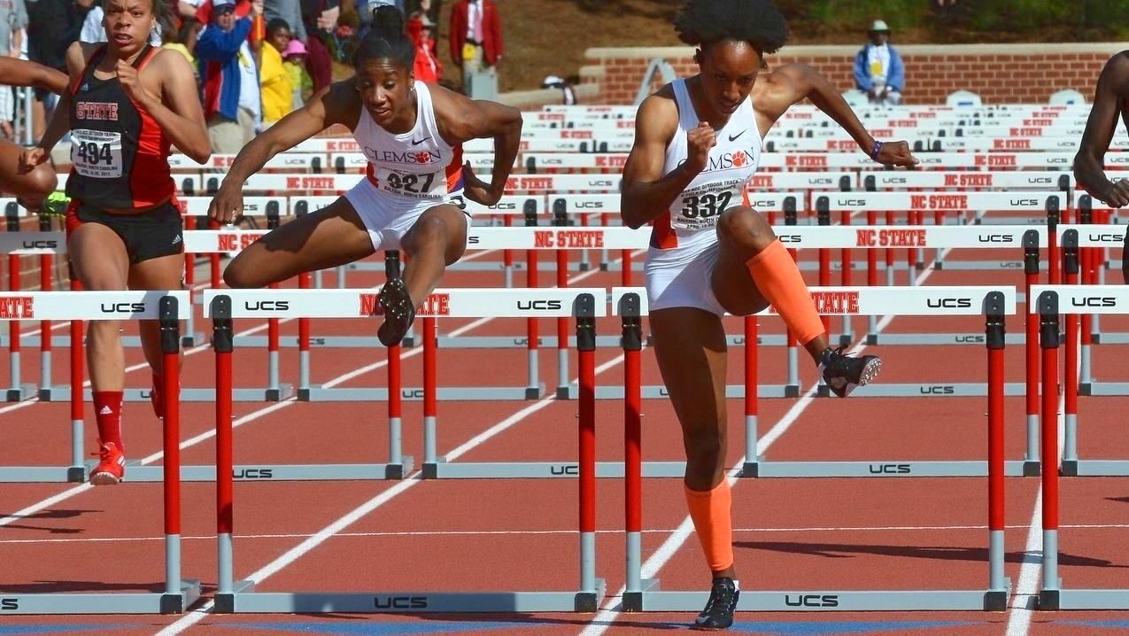 Men, Women's Track & Field Ranked in Top 15 of USTFCCCA