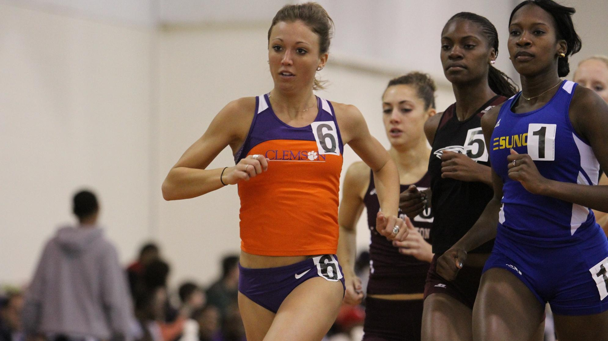 Tiger Track & Field Sends Distance Group to Penn Relays