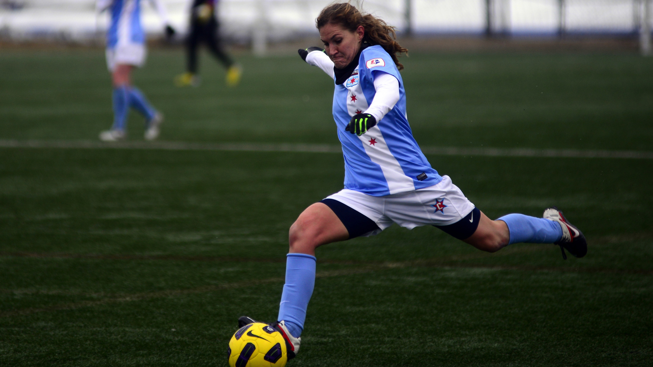 Former Tiger Lydia Vandenbergh Signs with Chicago Red Stars