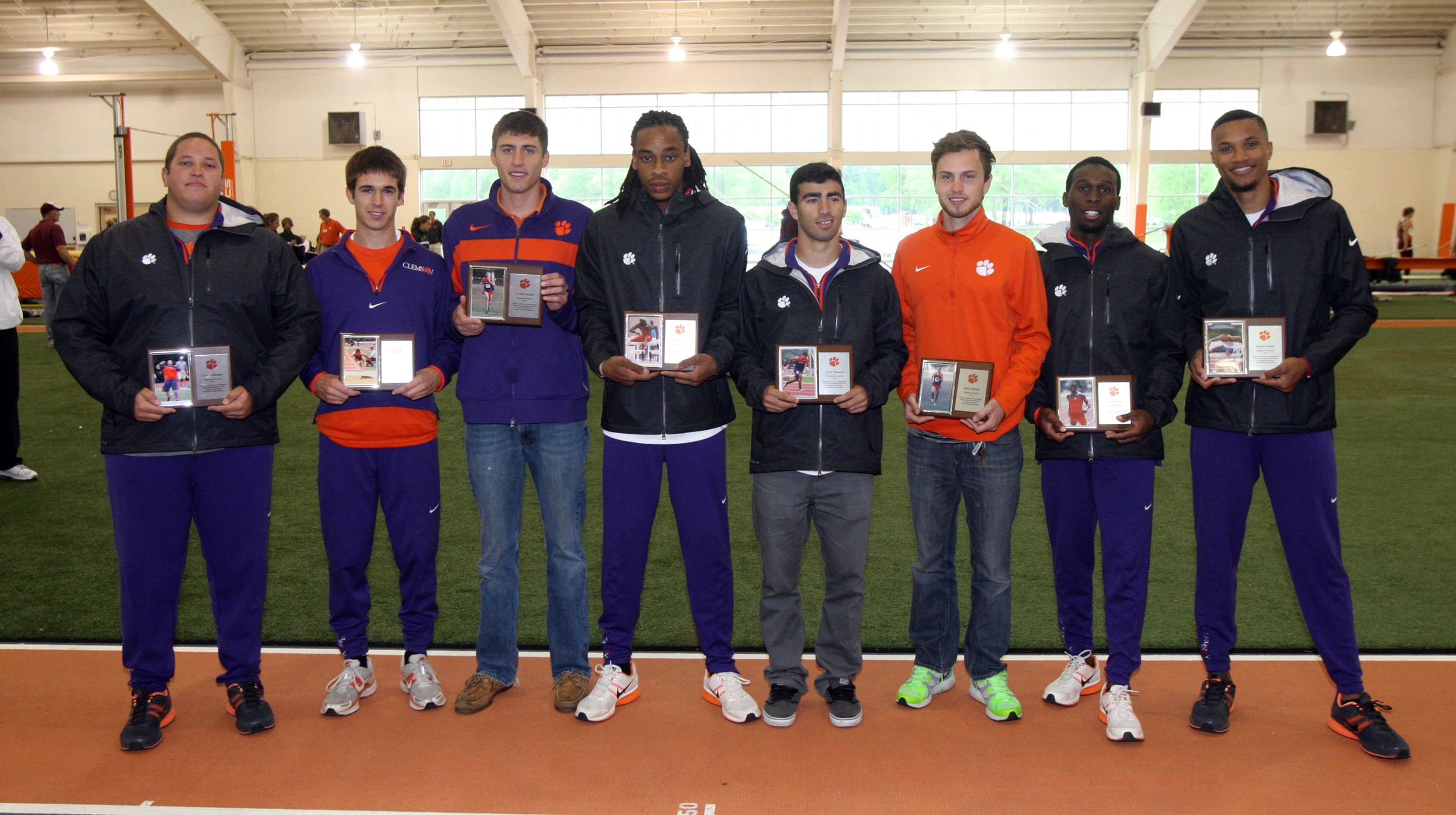 Tigers Honor Senior Class Despite Inclement Weather at Bob Pollock Invitational