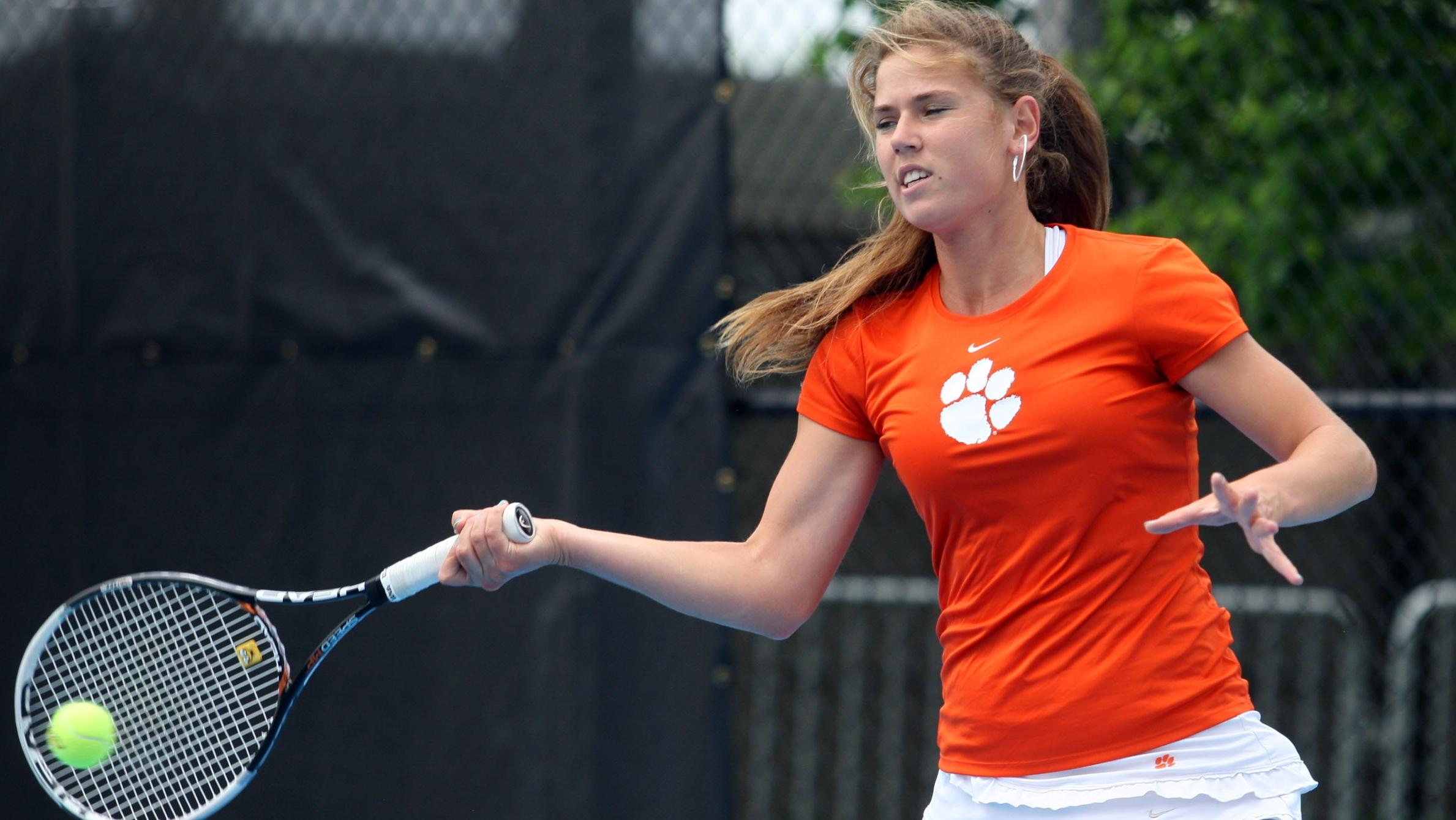 Doubles Upset Highlights Clemson?s 1st Day of Furman Fall Classic