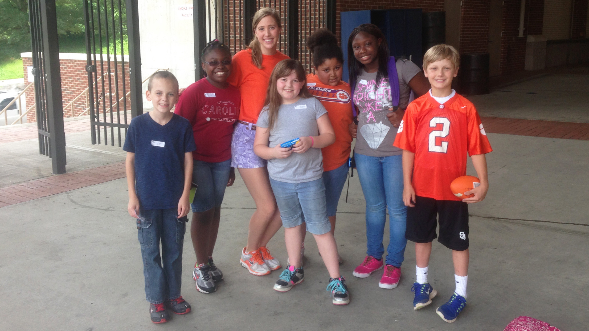 Solid Orange Squad Members Assist with Campus/Athletic Facility Tours