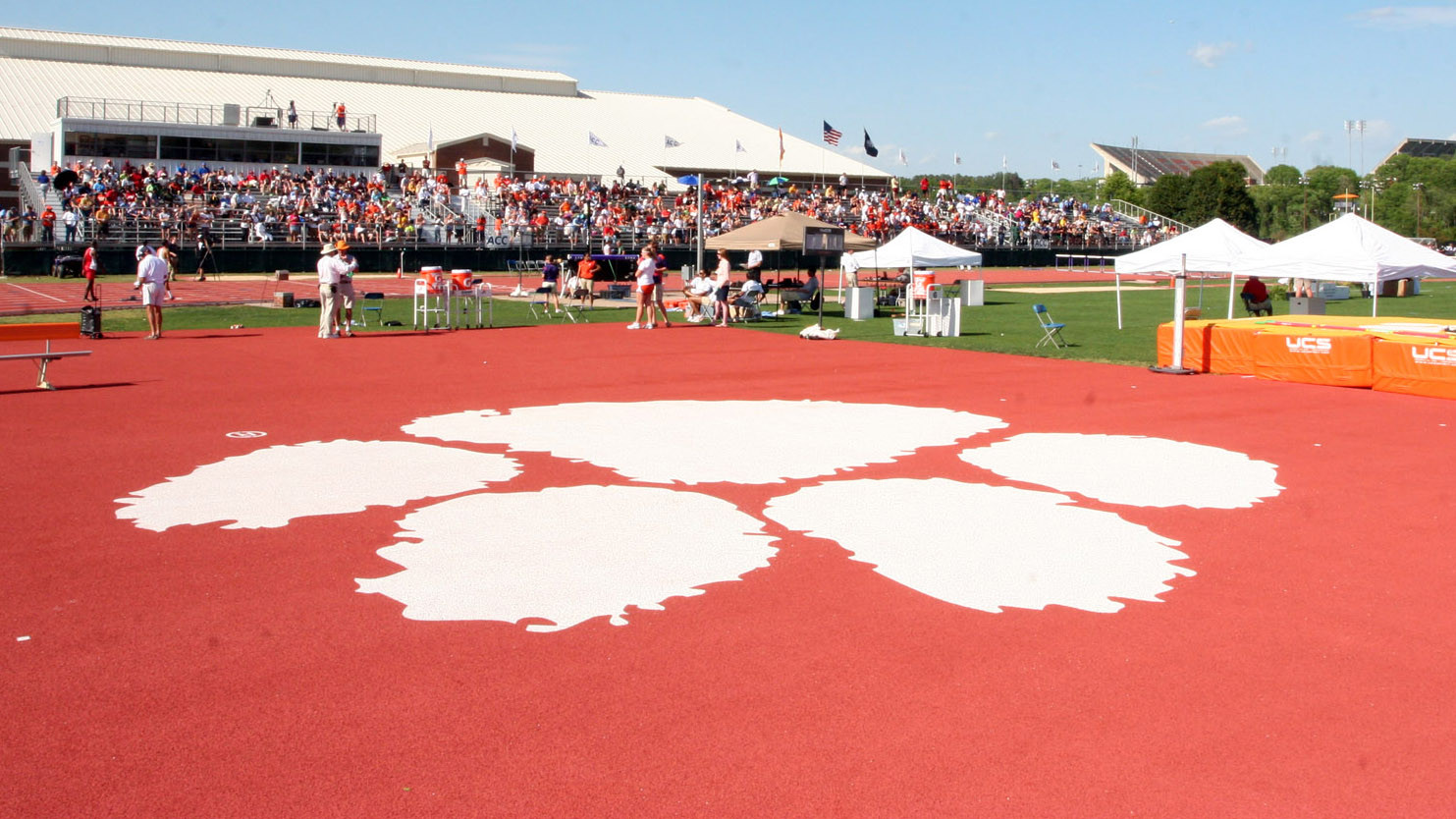 Clemson Signees Perform Well at New Balance Outdoor Nationals