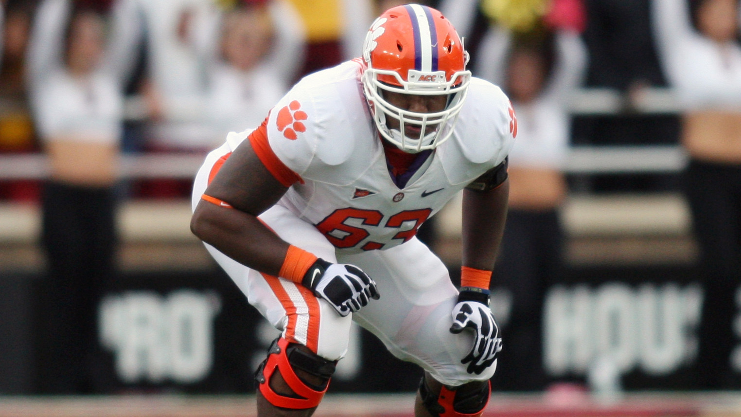 Thomas Named to Outland Trophy Watch List