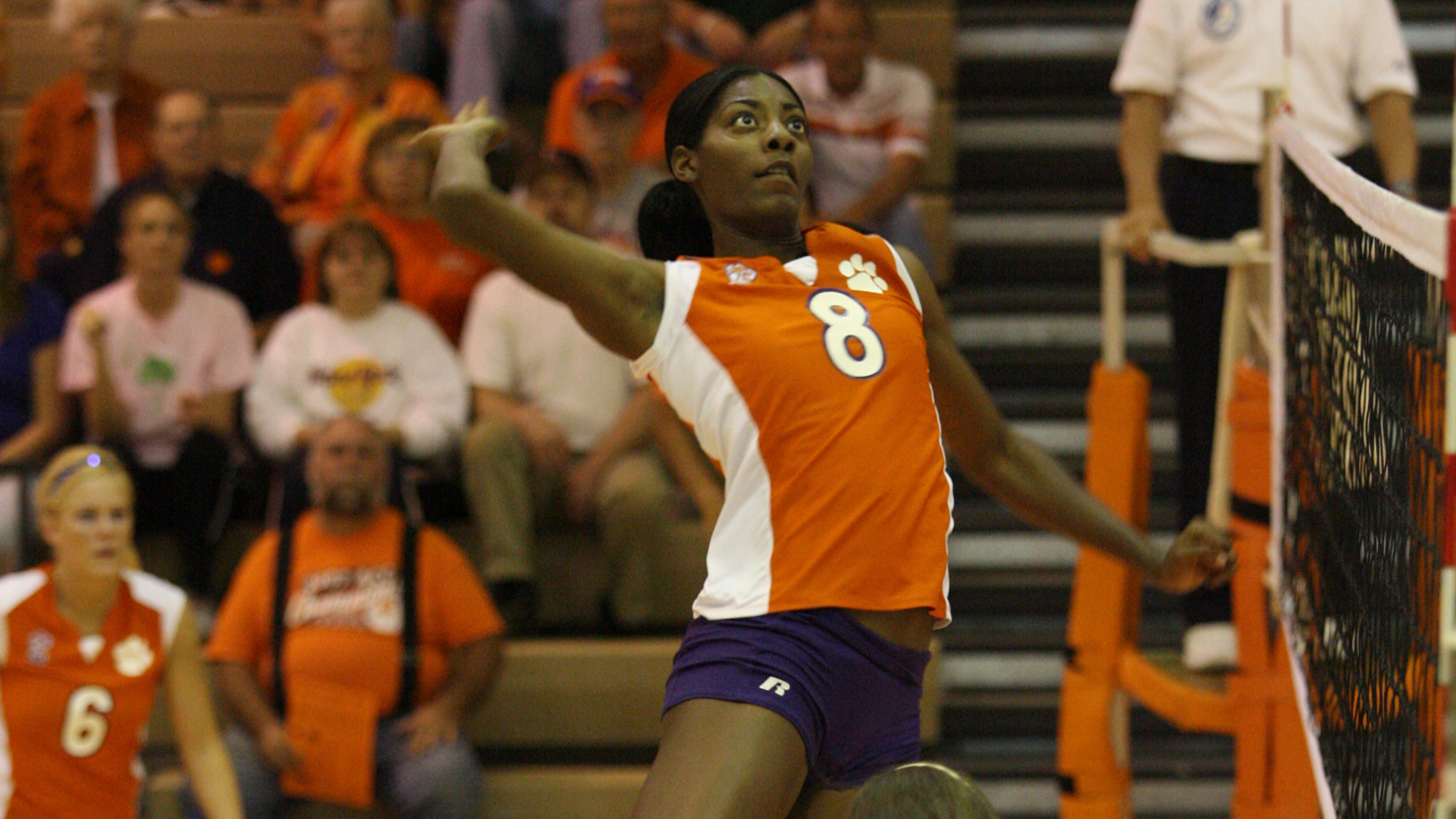 Former All-American Danielle Hepburn Joins Volleyball Staff