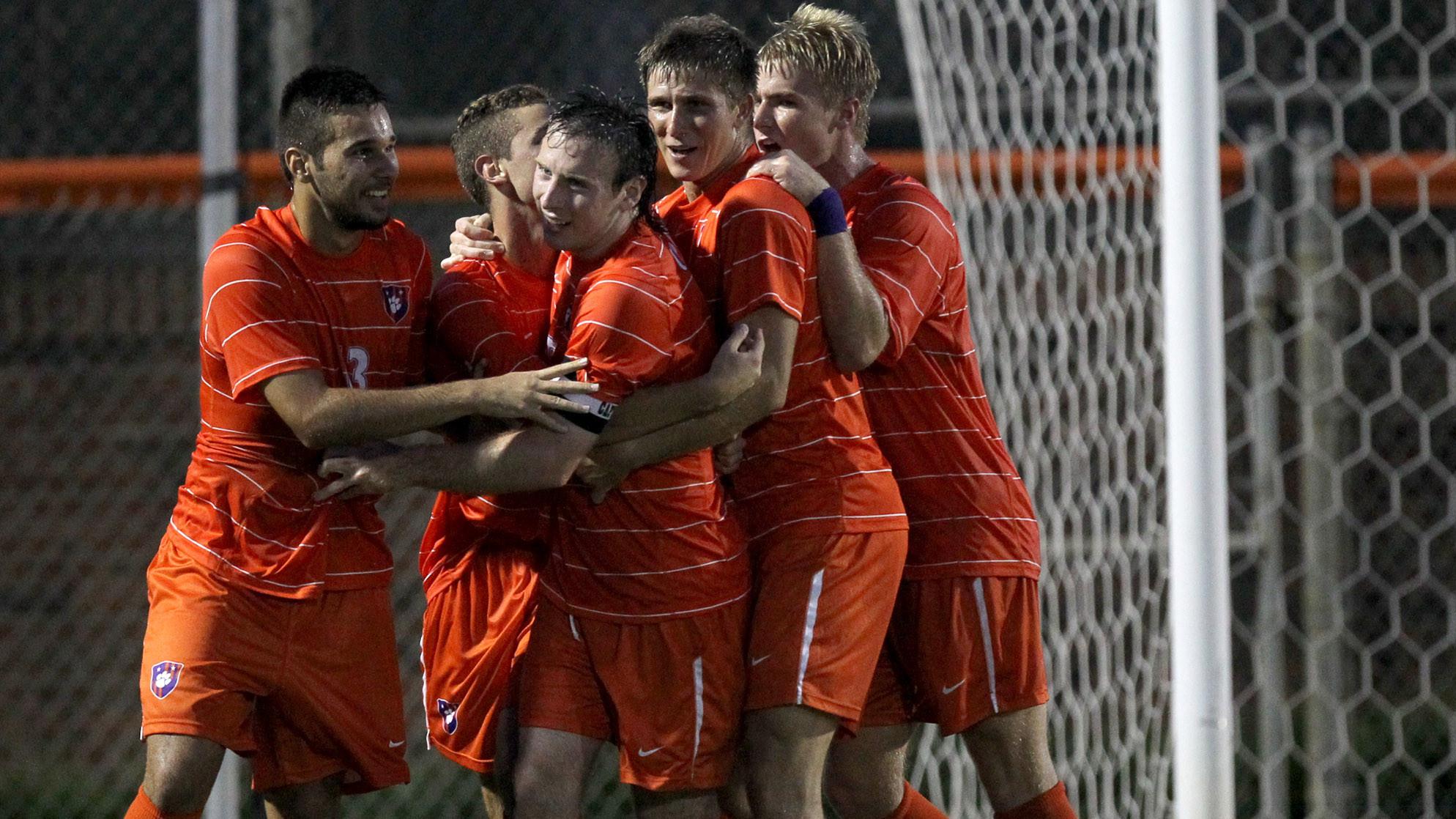 Clemson Defeats Mercer 2-0 in Men?s Soccer Season Opener