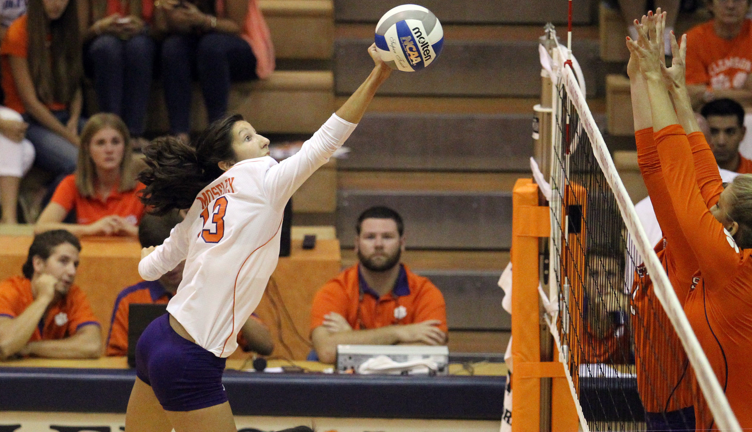 Clemson Falls to Xavier, 3-0, to Close Opening Weekend