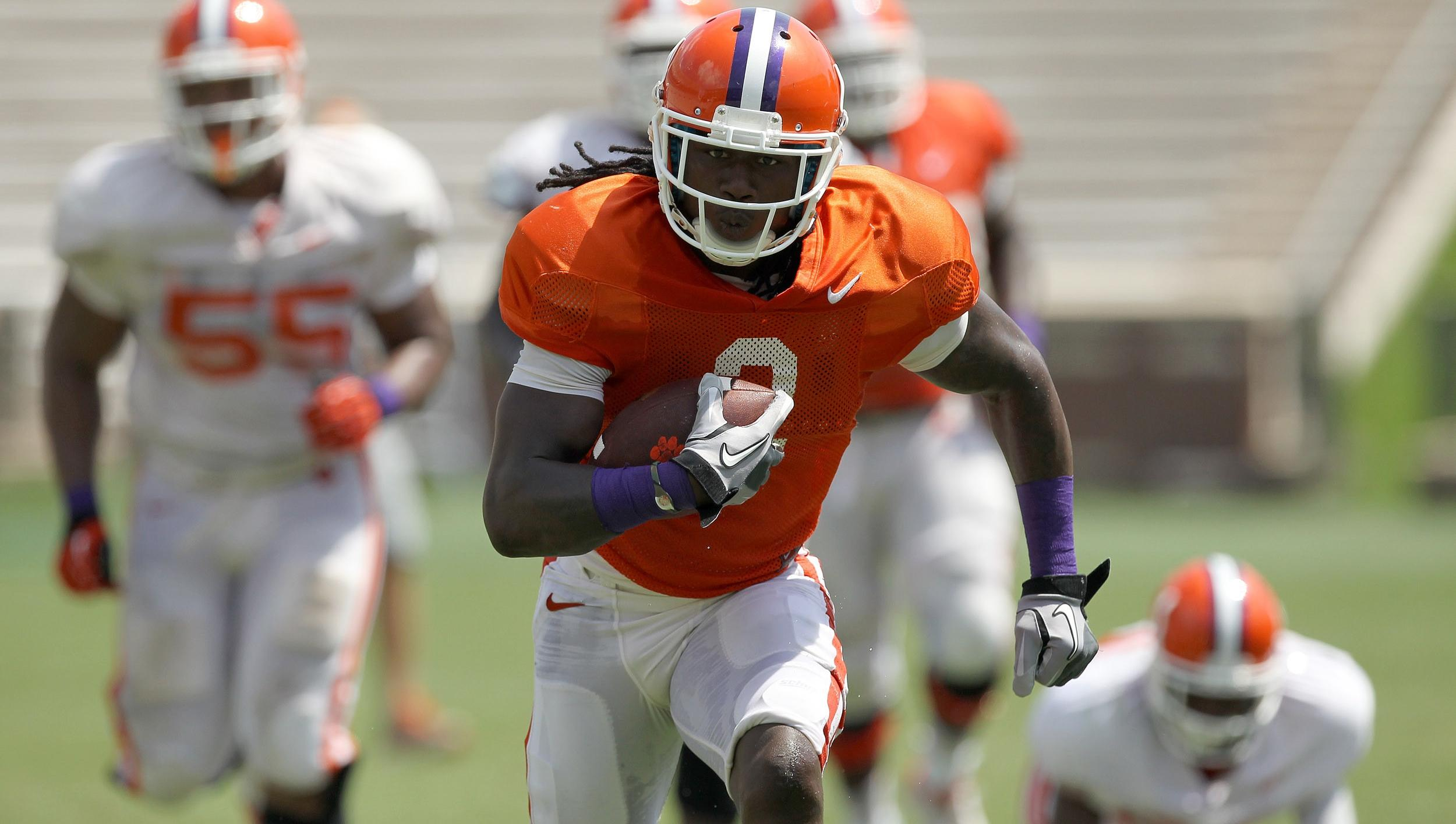 EXCLUSIVE: Swinney Encouraged by Team's Depth in First Stadium Scrimmage
