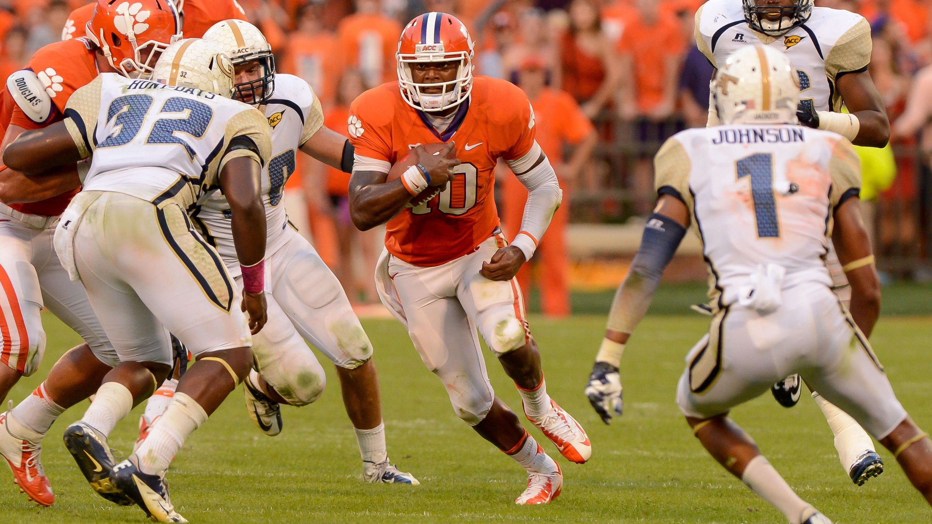Clemson Football Video Report: 100 Yards with Tajh Boyd