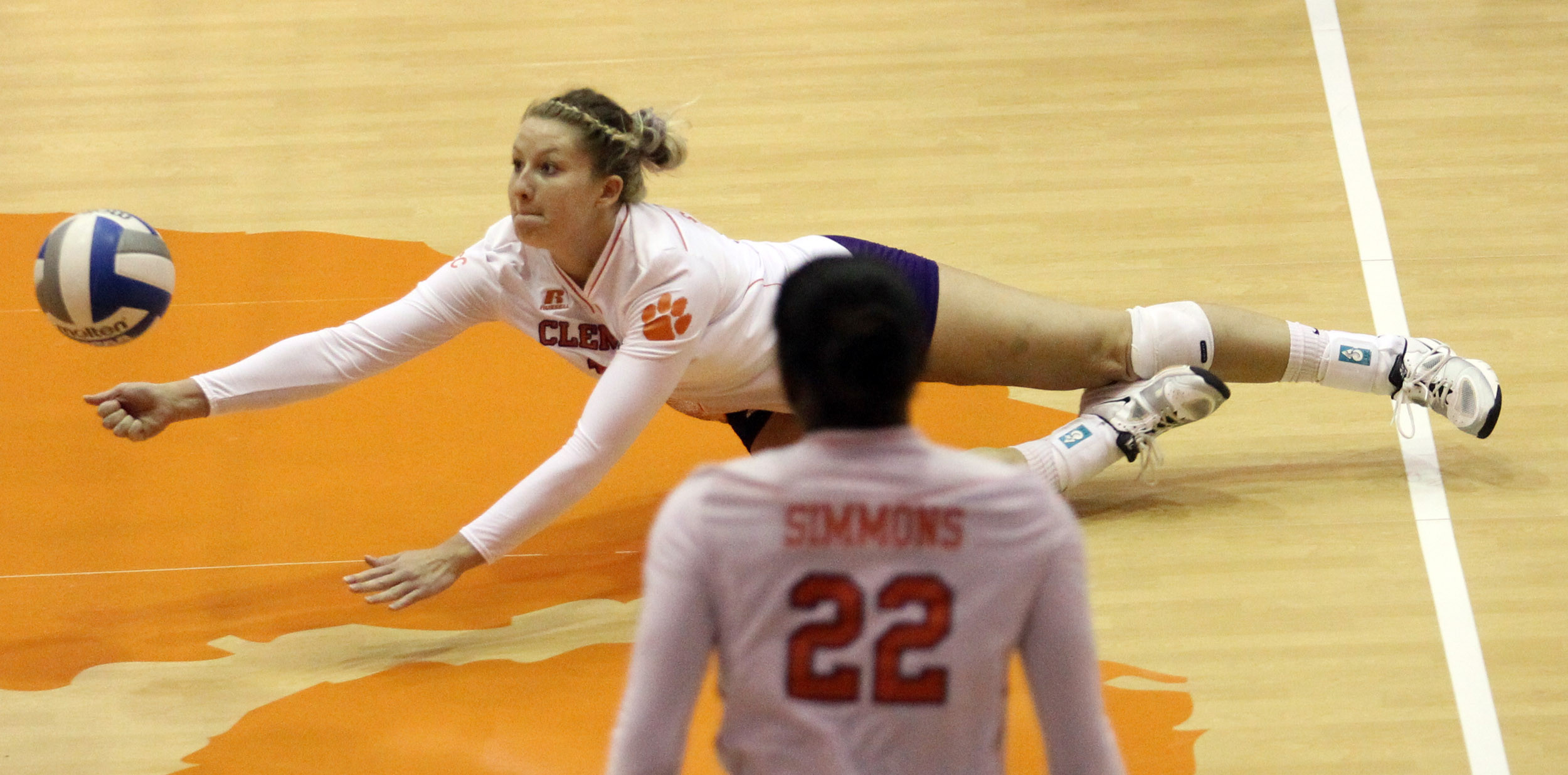 Volleyball Drops Four-Set Decision to Miami