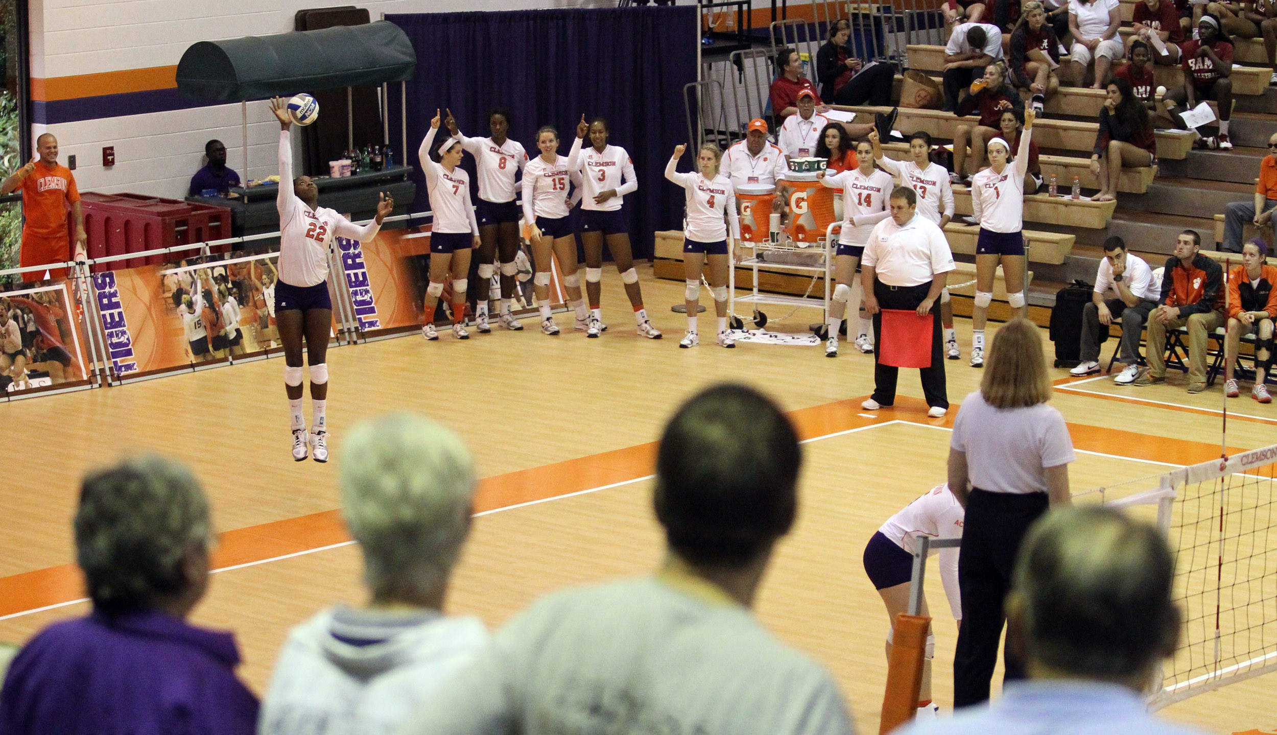 Volleyball (@ClemsonVB) Tops Terps in College Park