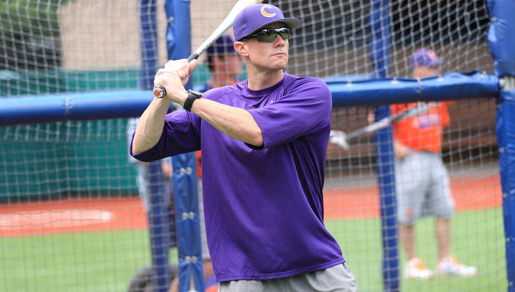 Faris Joins Baseball Coaching Staff as Volunteer Assistant