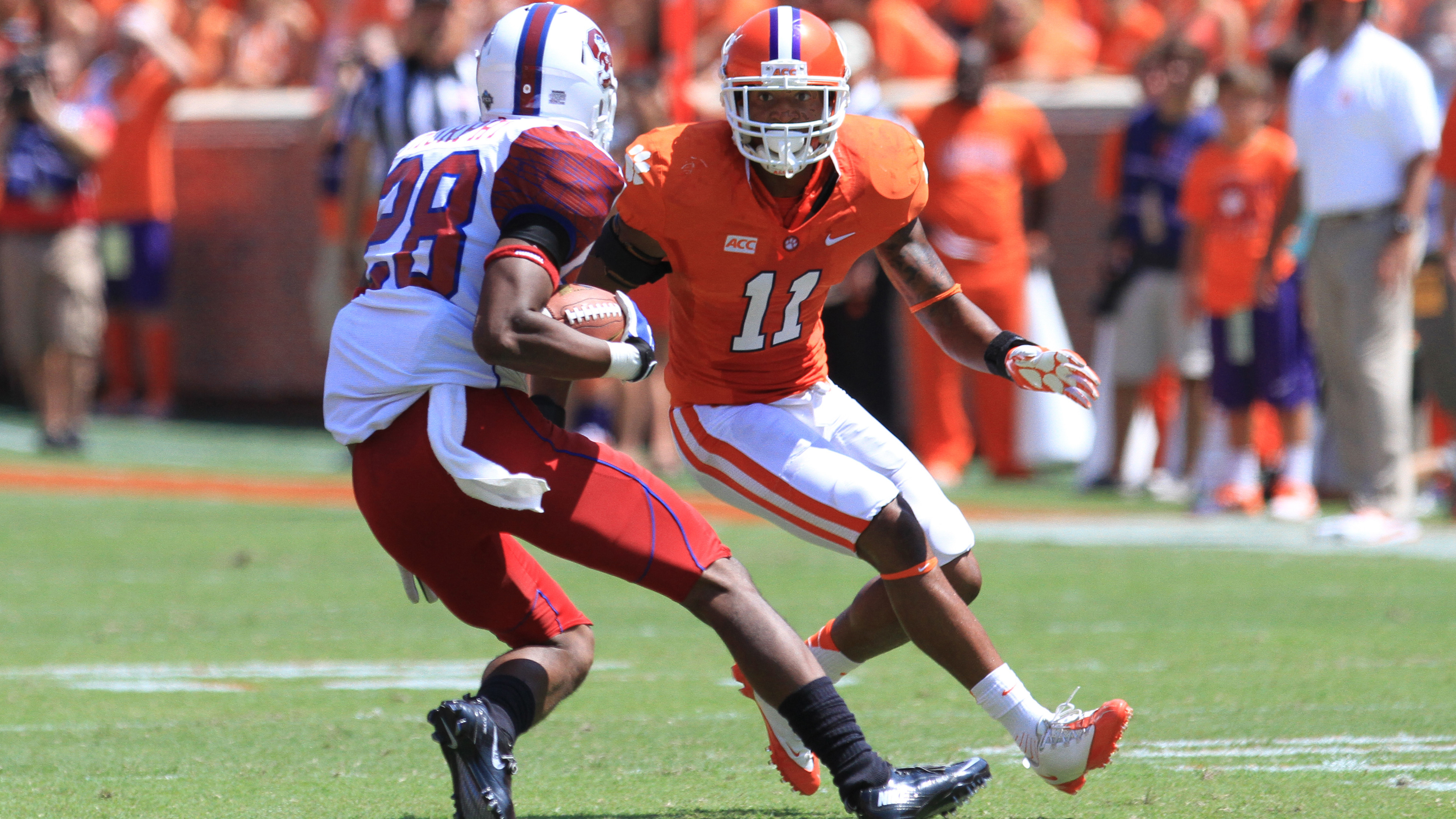 Clemson Football Video Report: Tiger Talk with Travis Blanks