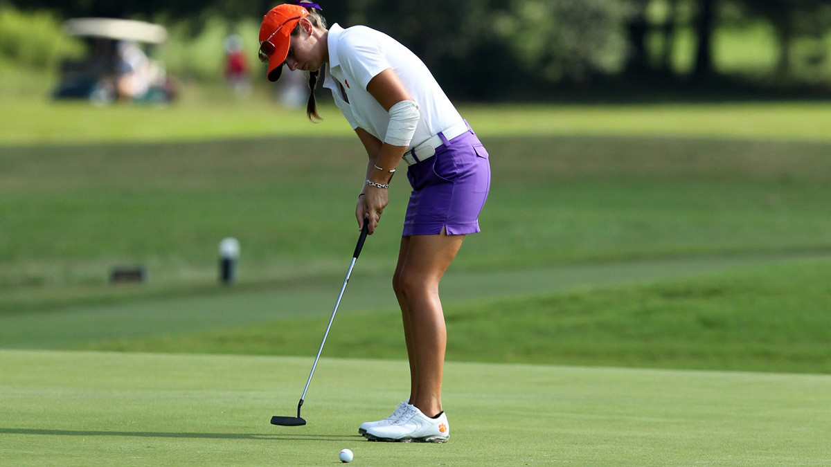 Clemson Women's Golfers Second after First Round of Furman Invitational