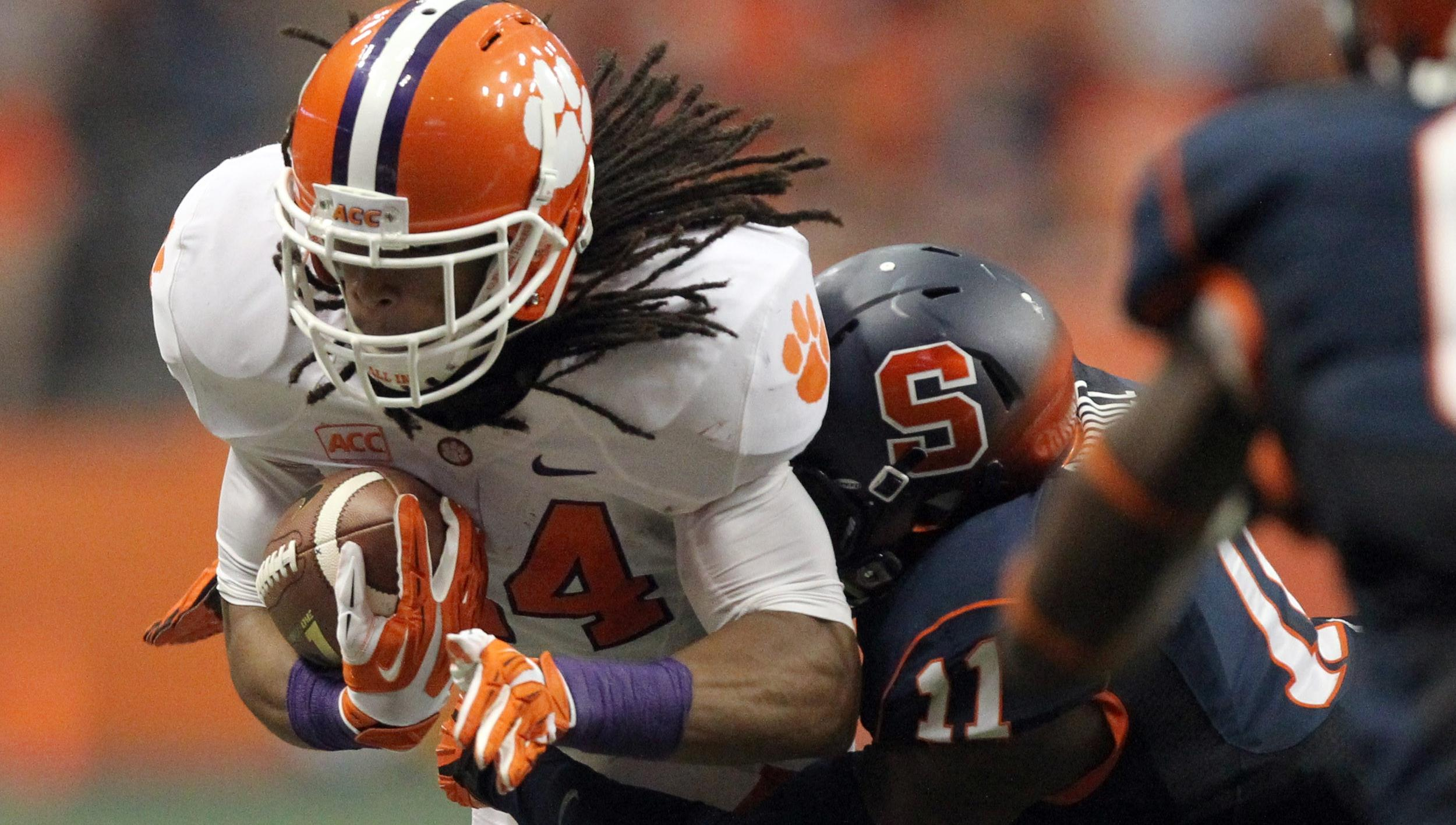 Clemson Football Video Report: 100 Yards with Zac Brooks