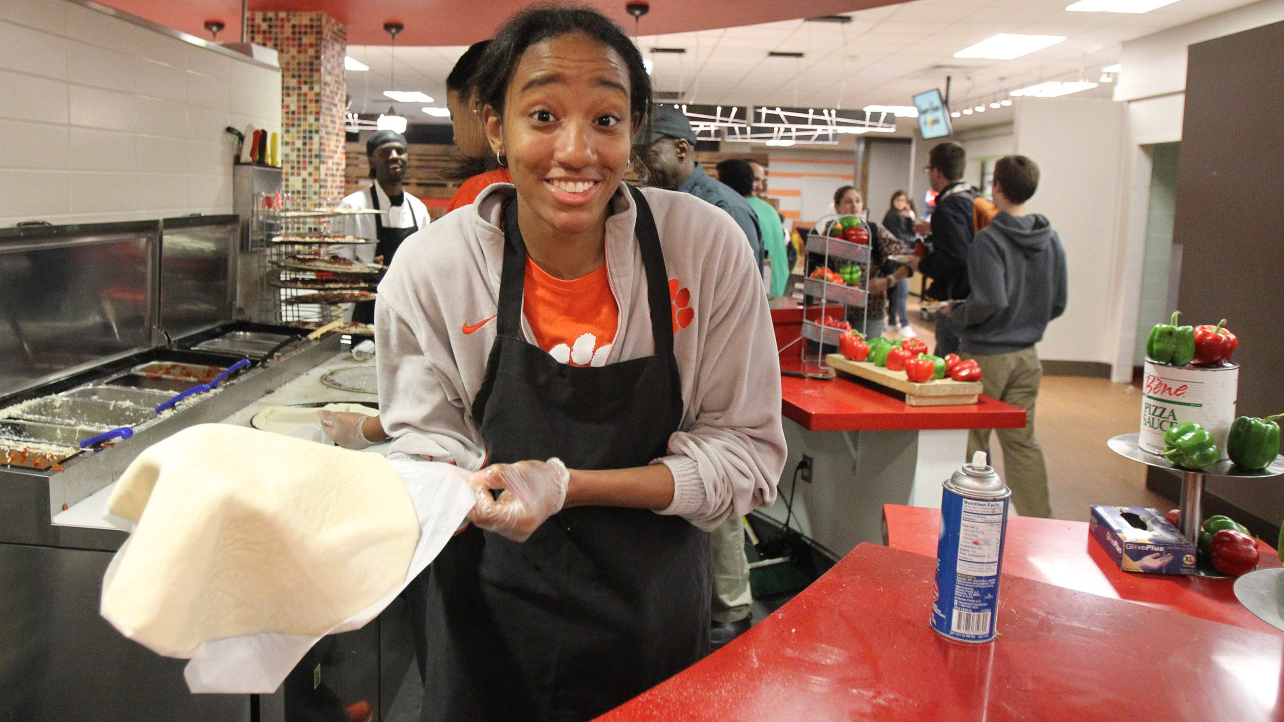 Clemson SAAC Holds Annual Schilletter Night Event