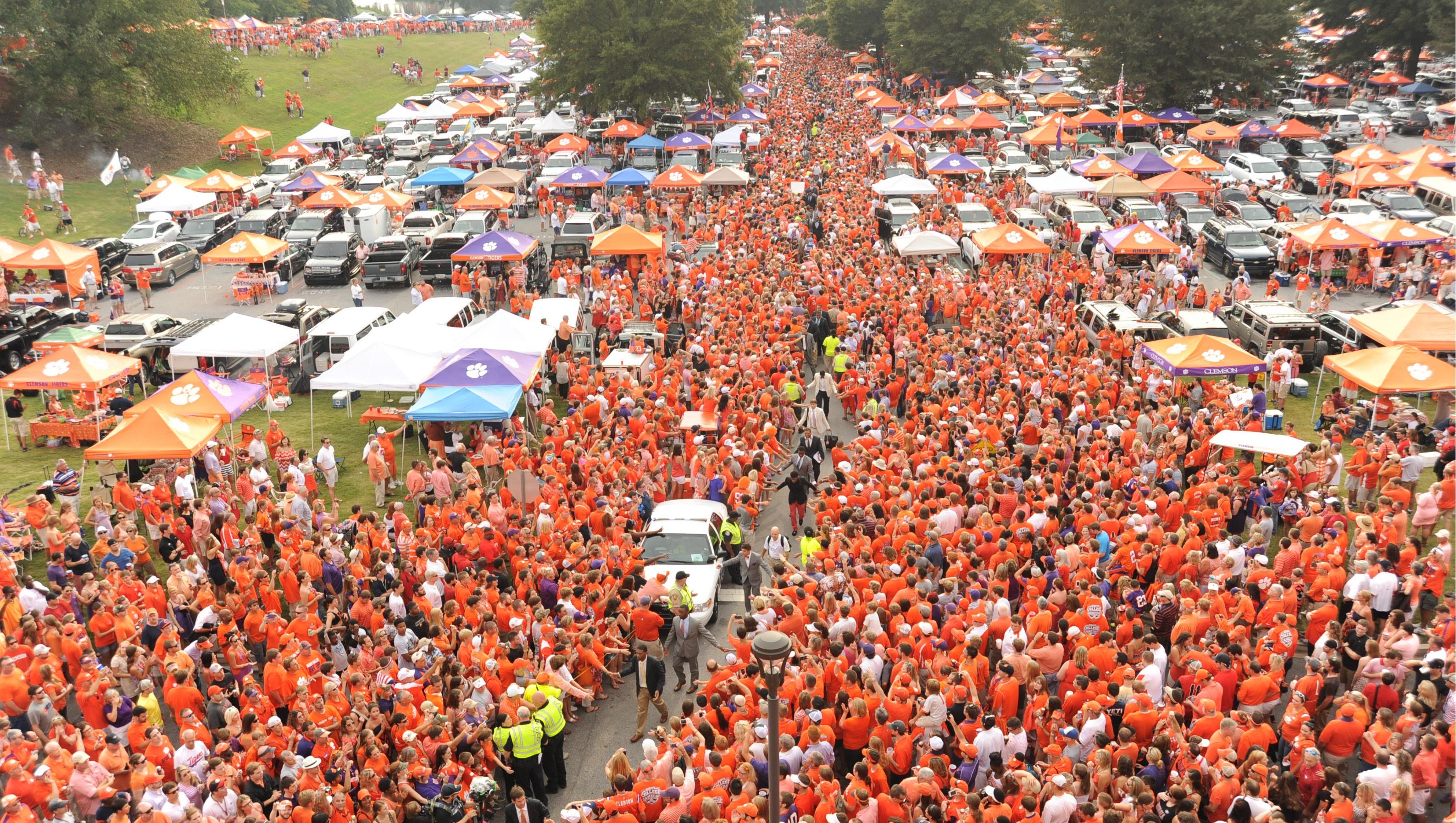 """Clemson Repeats as """"The South's Best Tailgate"""""""
