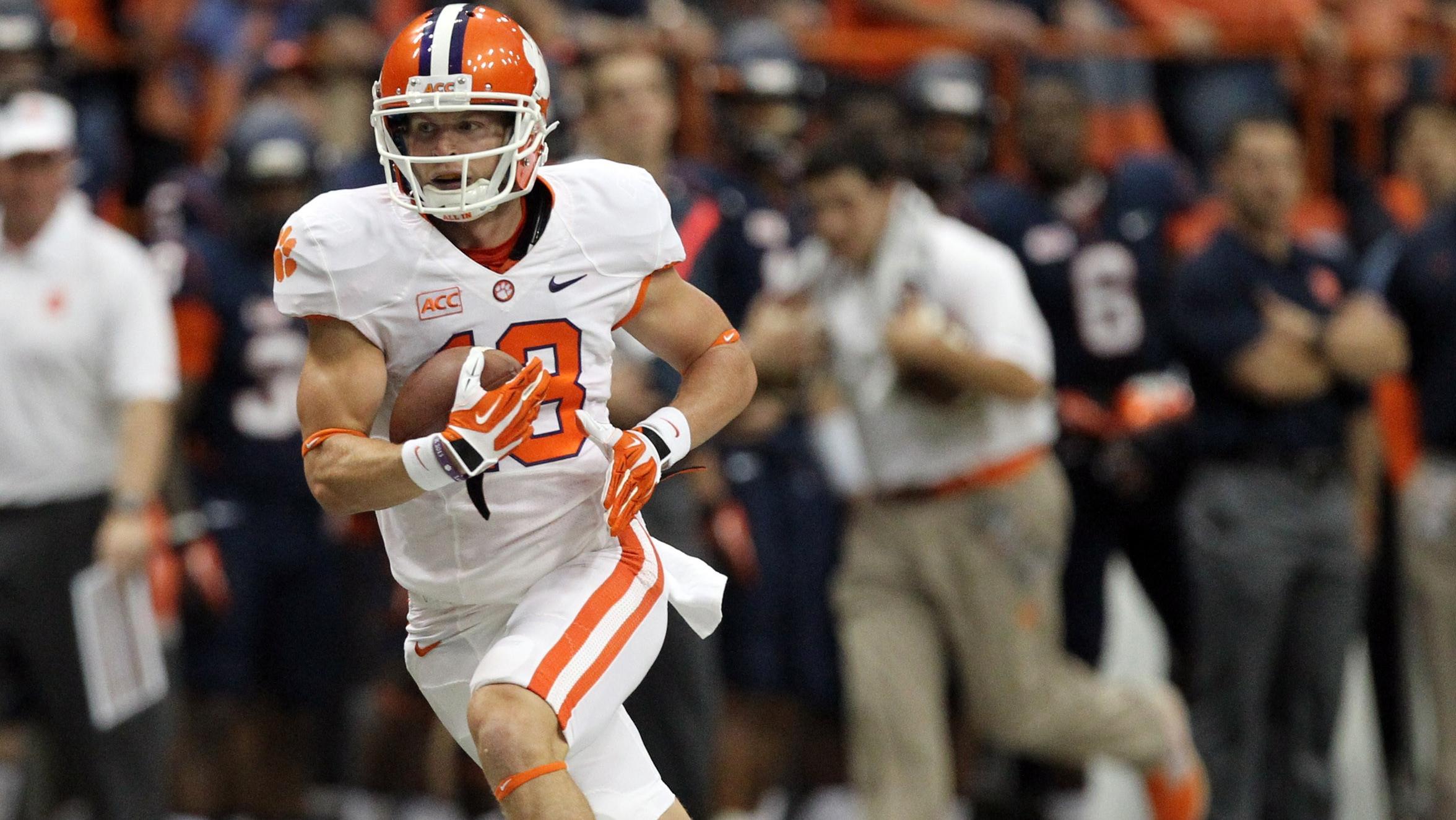 Boyd, Watkins Put End to Drama at Syracuse