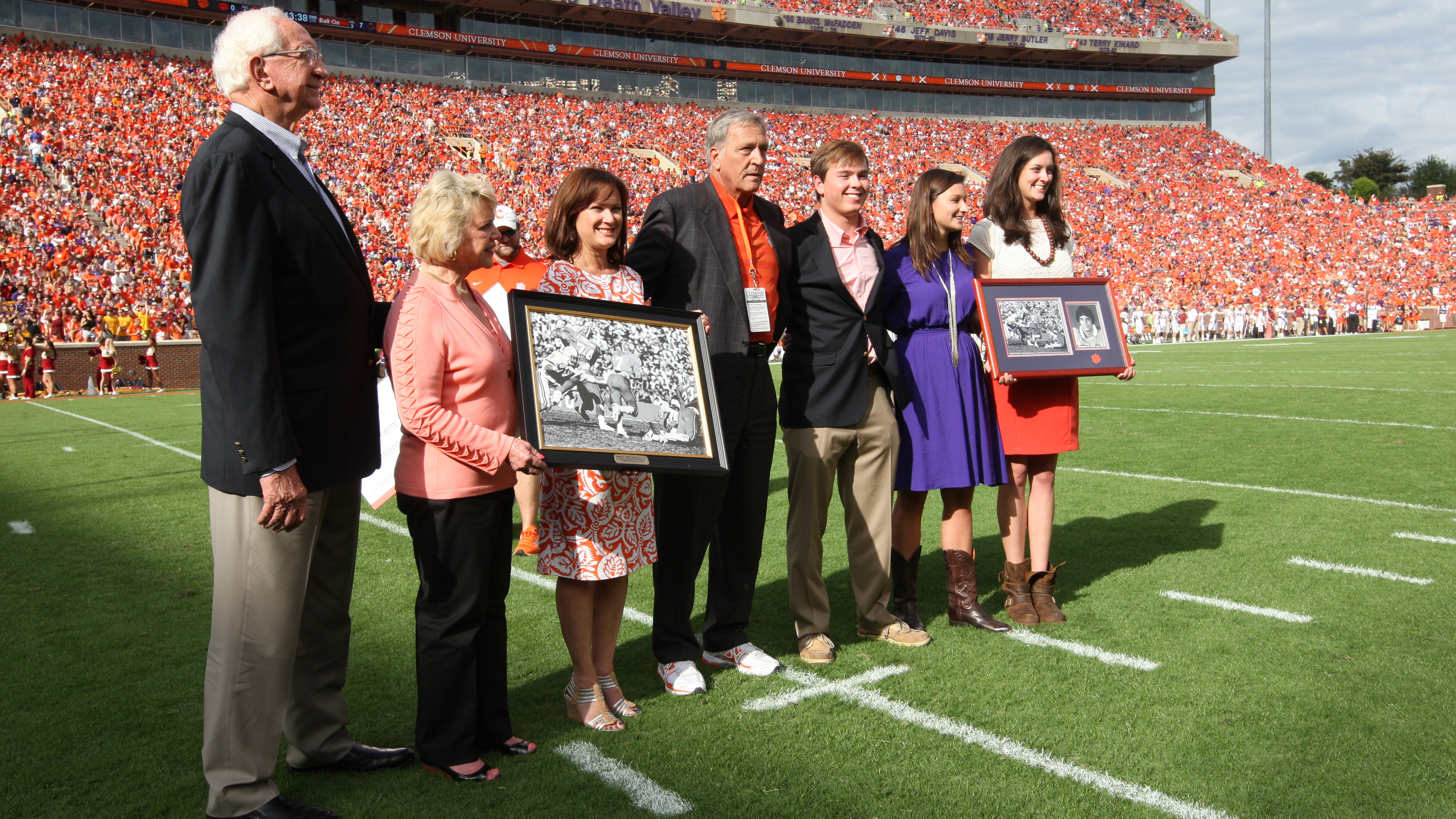 Clemson Scholarship Endowment Will Honor Former National Championship Team Player