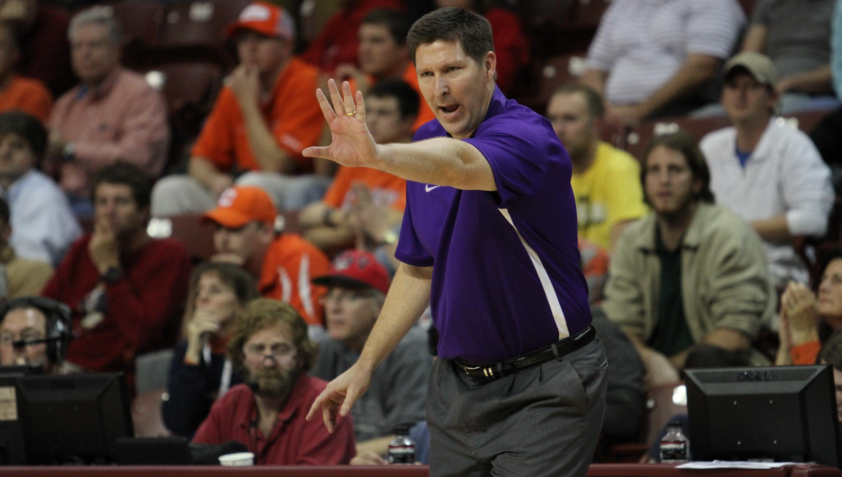 Video Report: Brownell Reviews Temple Win, Looks Ahead to Davidson