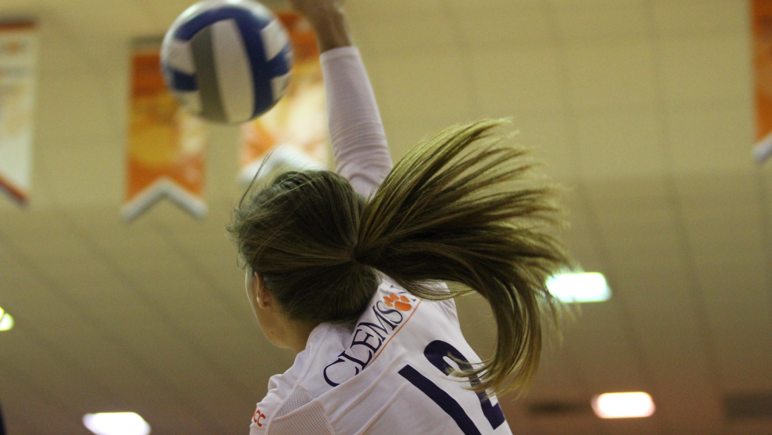 @ClemsonVB Completes Comeback to Top Georgia in Five