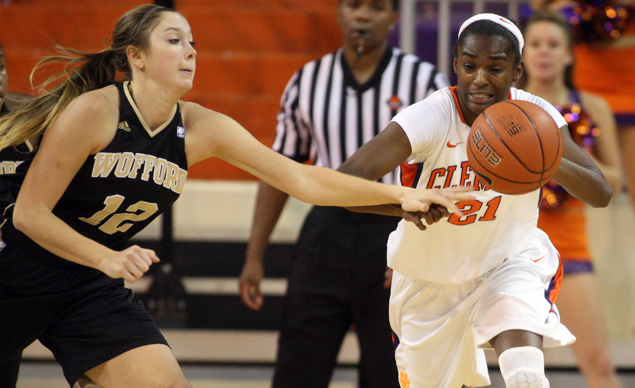 @ClemsonWBB Plays Cal State Northridge Sunday at 1 PM