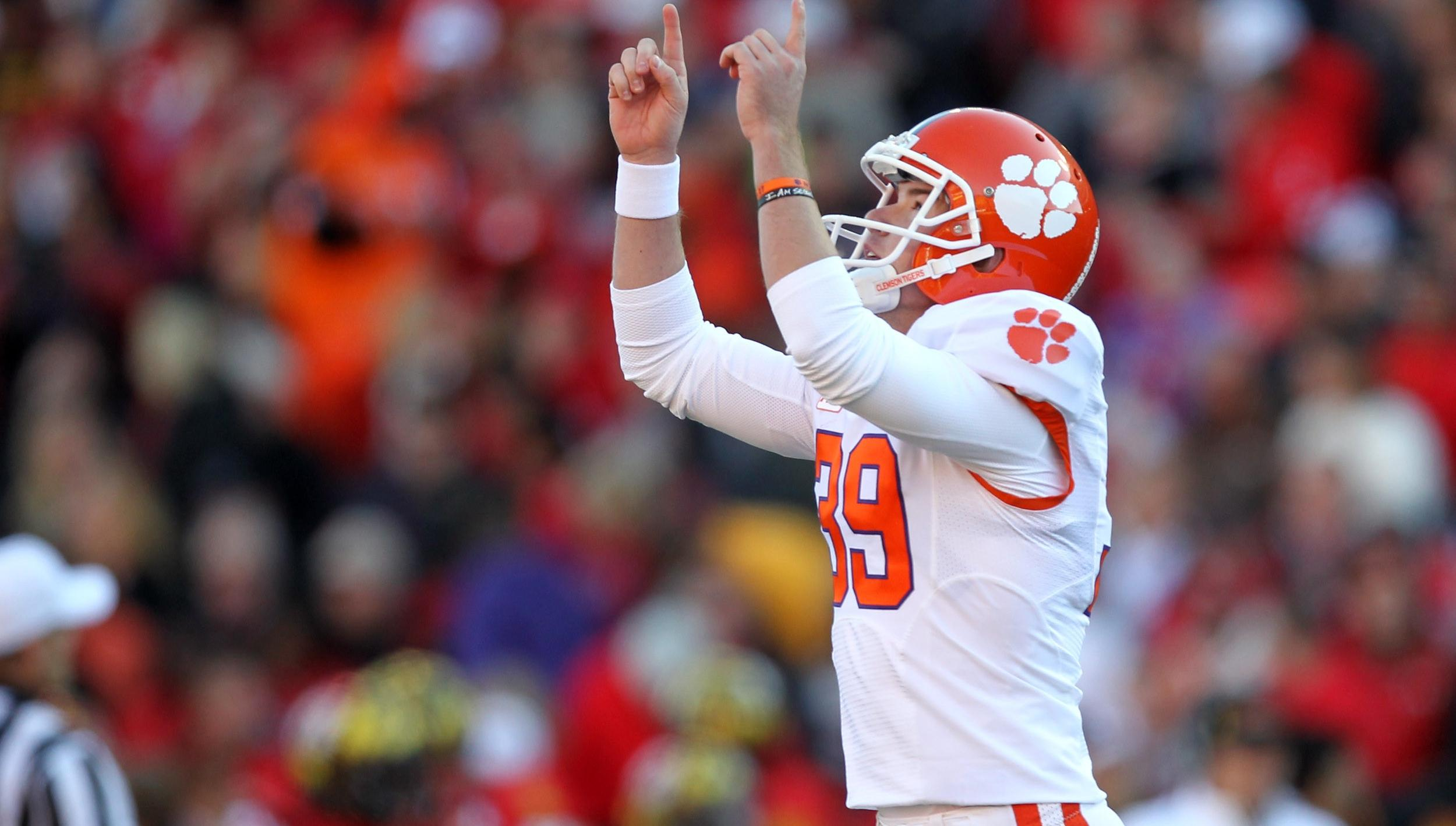 Clemson Football Video Report: Tiger Talk with Chandler Catanzaro