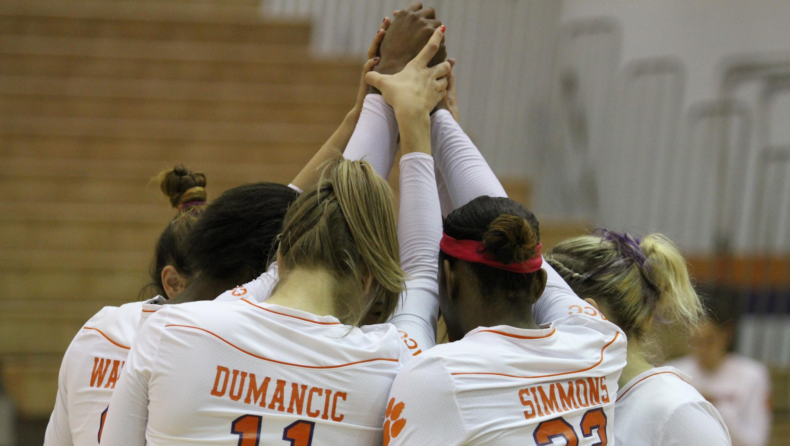 @ClemsonVB Falls in Three to NC State on Thursday
