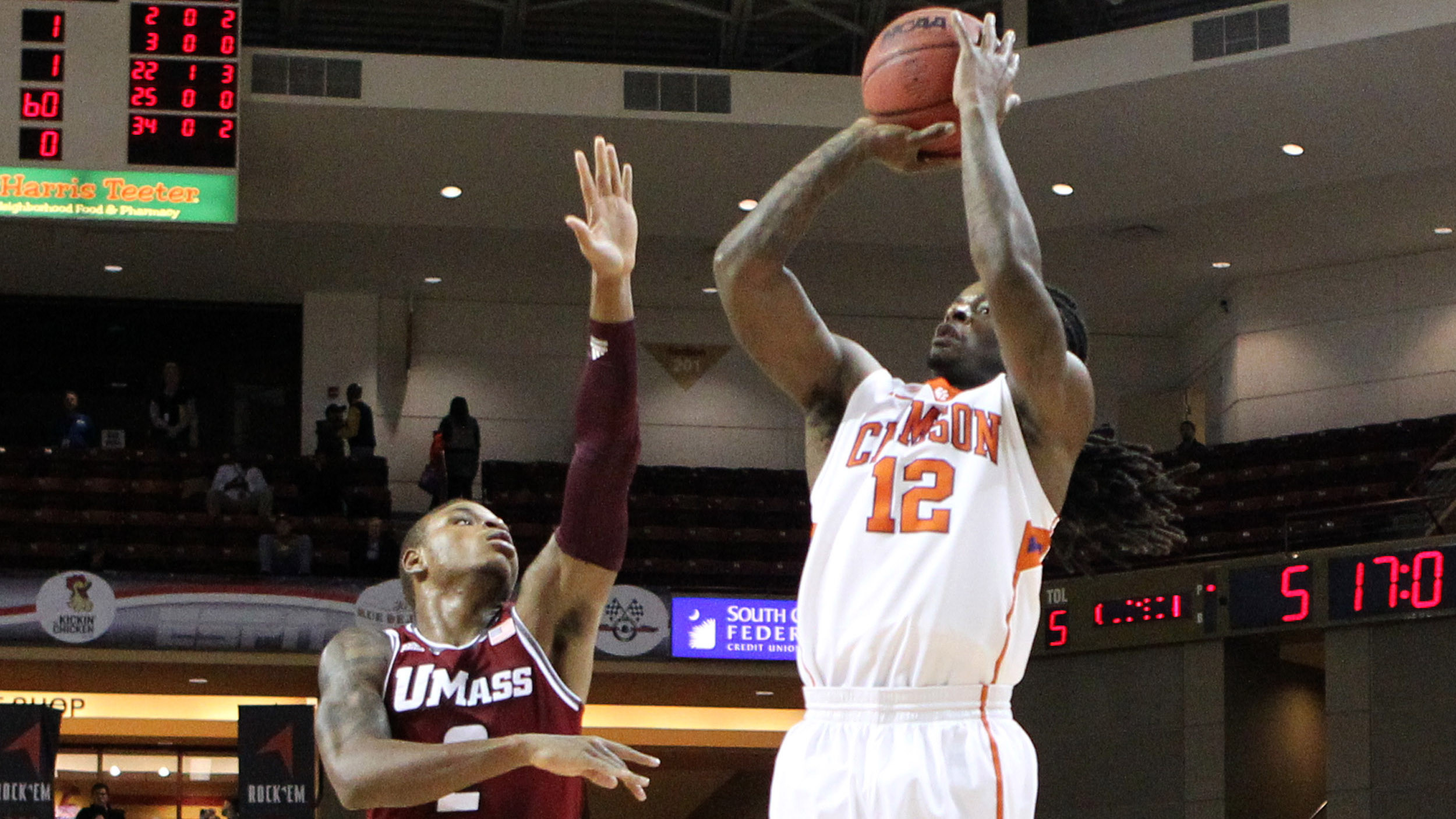 Clemson Falls to UMass in Charleston Classic Final, 62-56