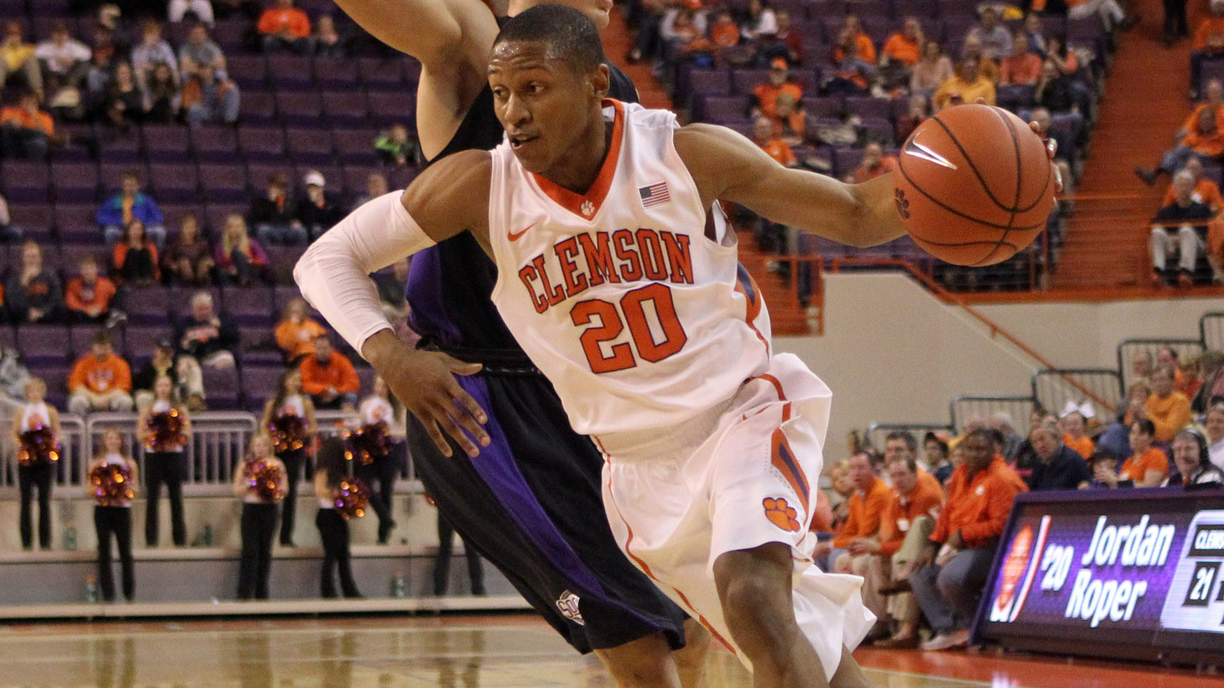 Clemson Claims ACC Opener at Boston College, 62-60