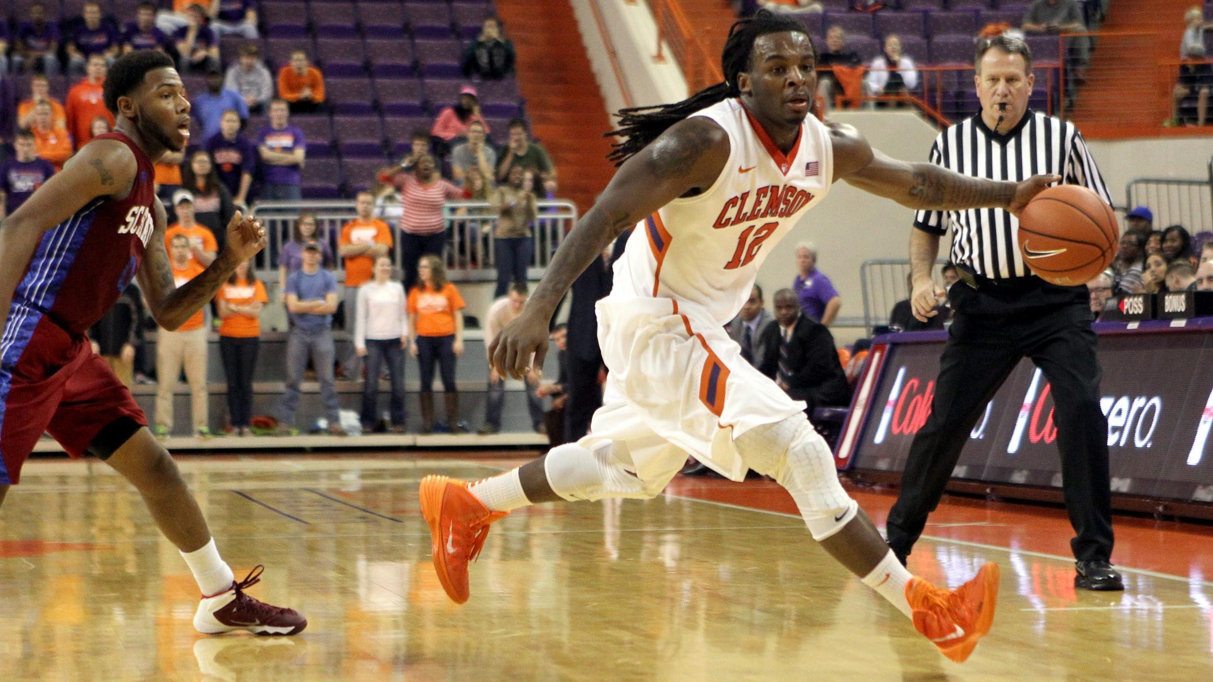 Clemson Returns from Break to Host VMI in Men's Basketball