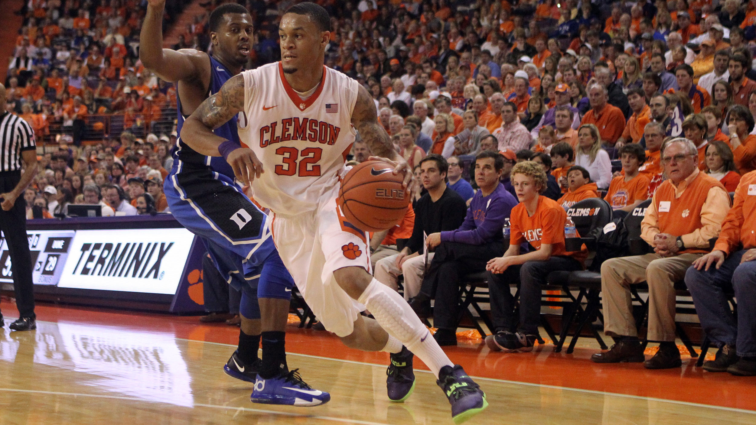 Clemson's Late Run Seals Thrilling 72-59 Victory over No. 13 Duke
