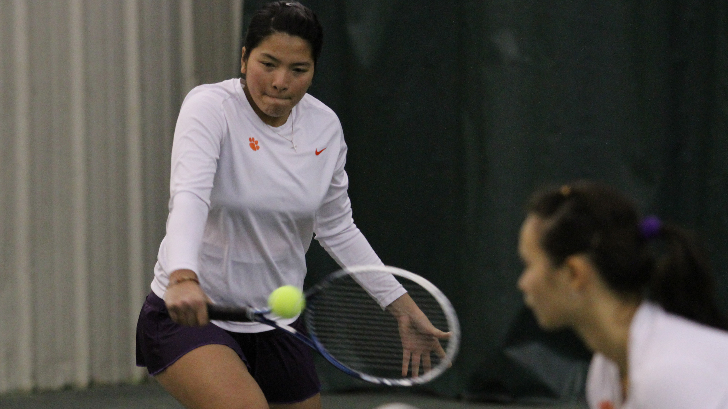 No. 12 @ClemsonWTennis Drops Gamecocks in Columbia
