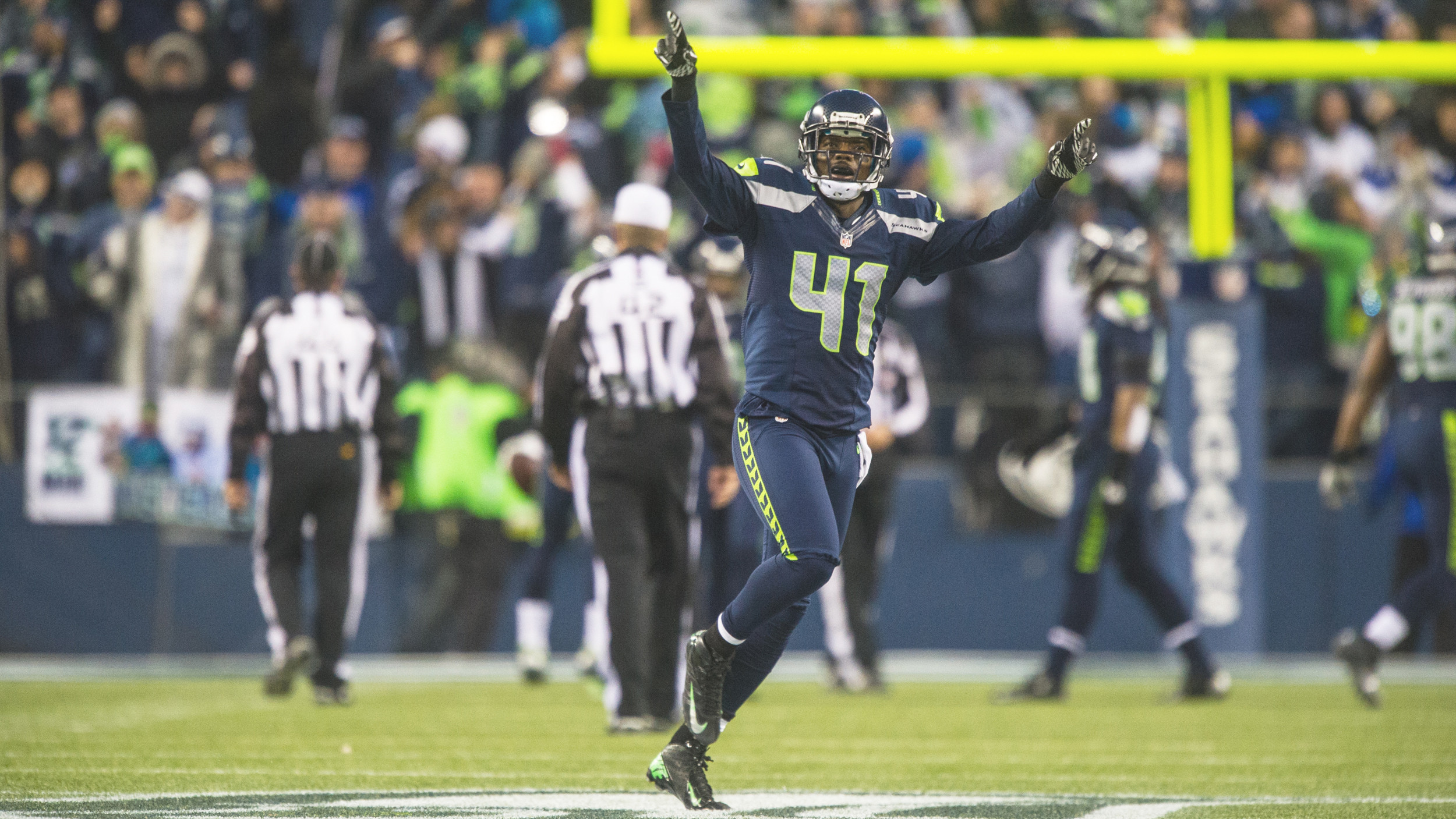 Maxwell to Start in Super Bowl on Sunday