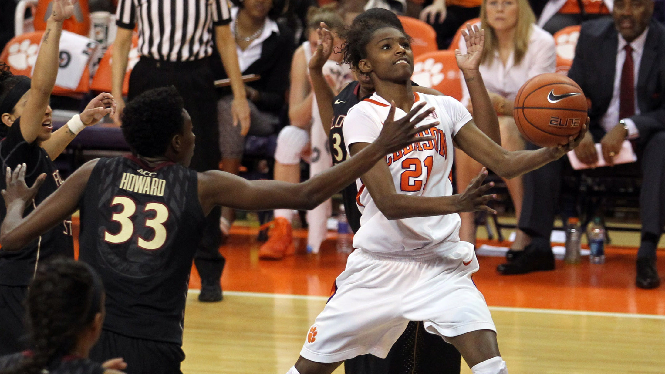 @ClemsonWBB Drops Regular Season Finale at Virginia Tech