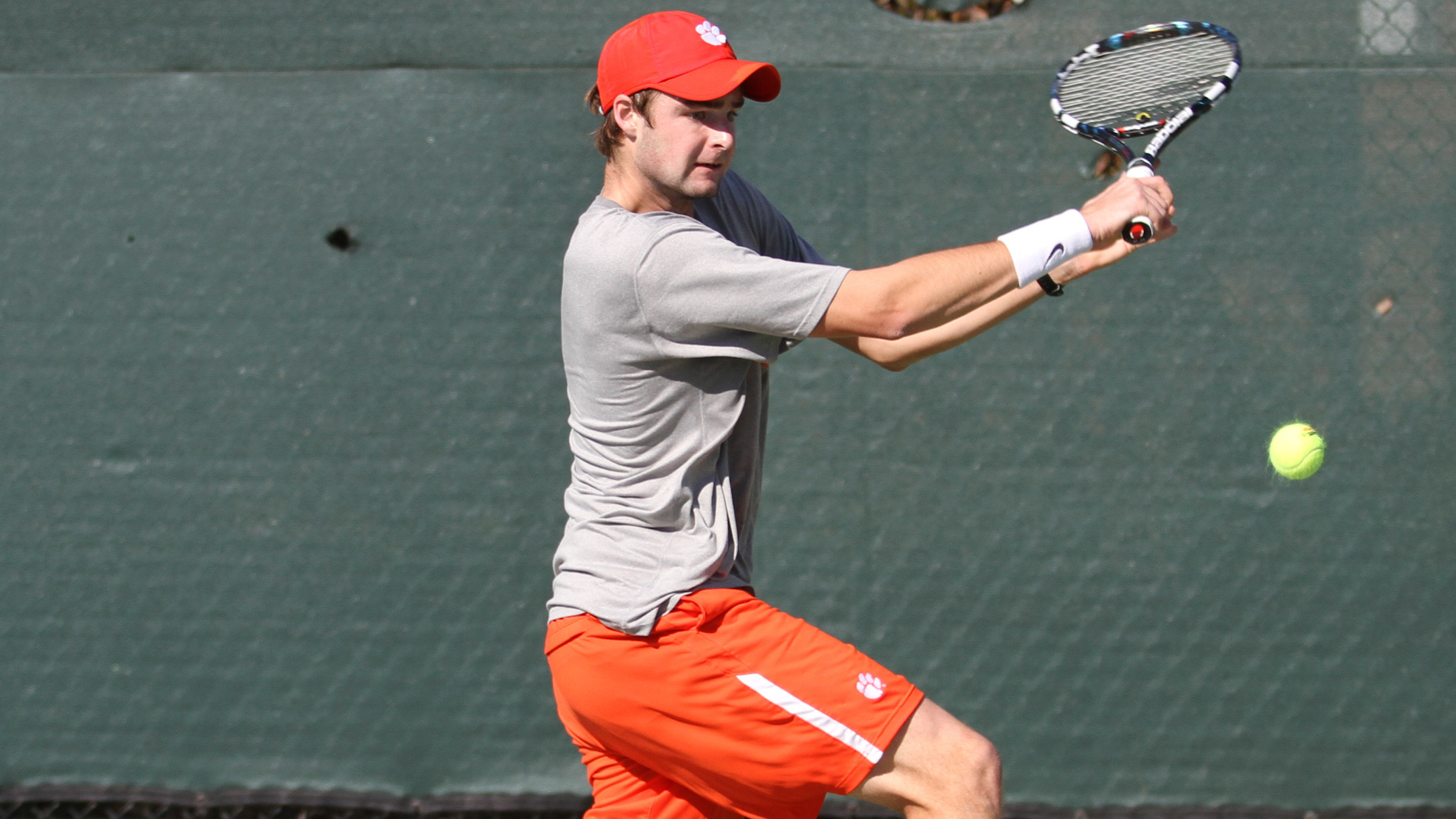 #21 Clemson Plays in Blue-Gray Men's National Tennis Classic This Weekend