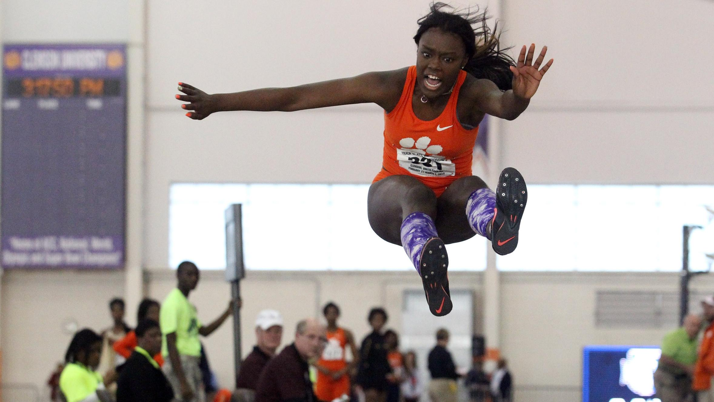 Hester, Land to Compete at NCAA Indoor Championships