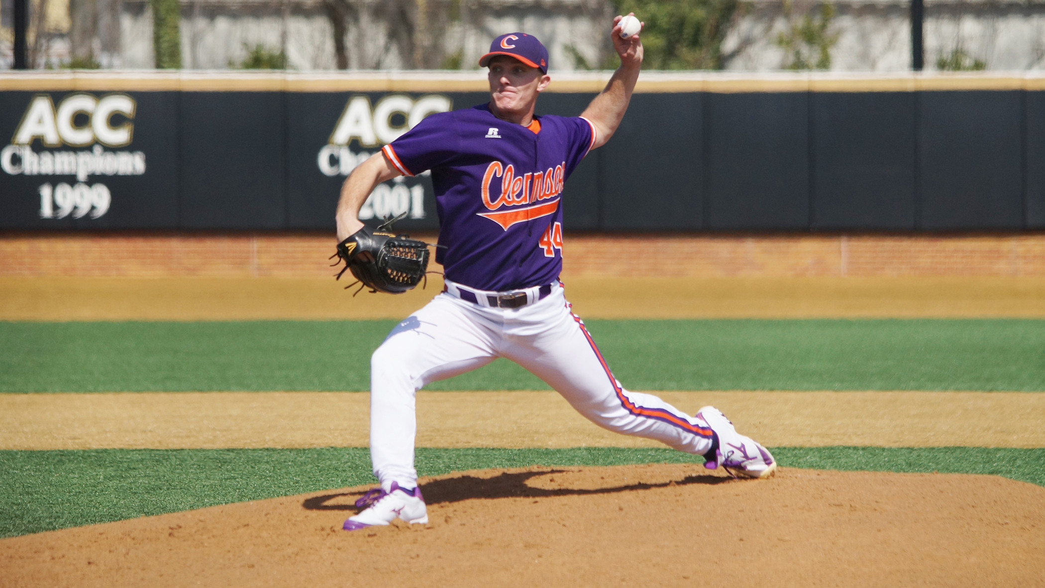 Crownover to Return to Clemson in 2015