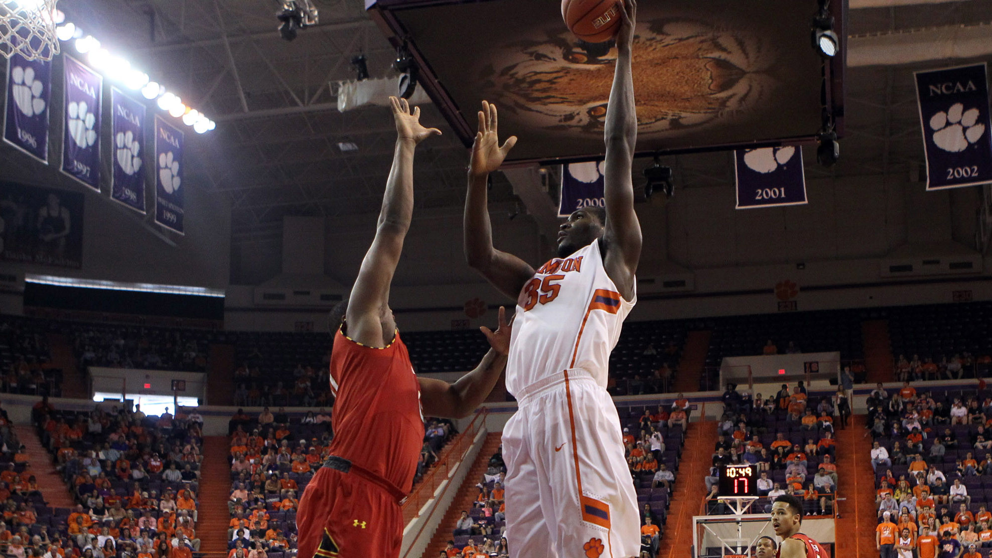 Clemson Hosts Miami Tuesday at 8 PM