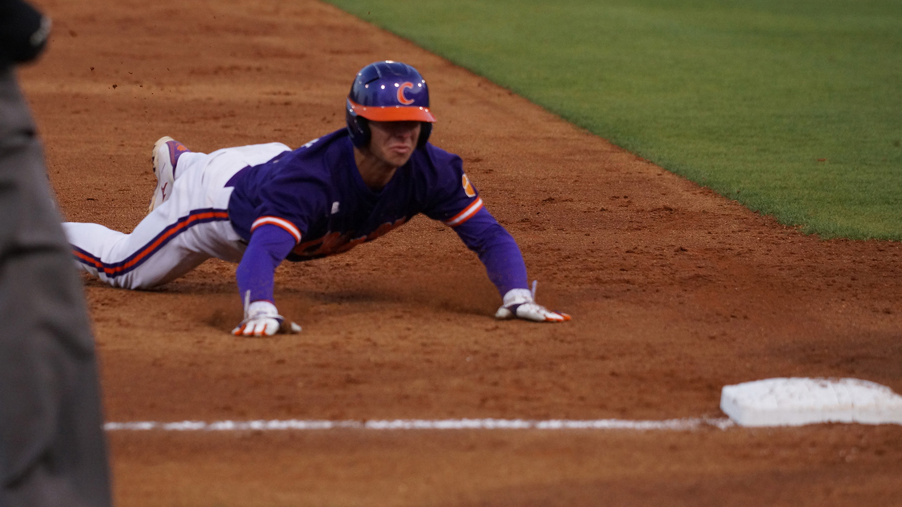 No. 20 Tigers Trounce Georgia 16-4 Tuesday in Athens