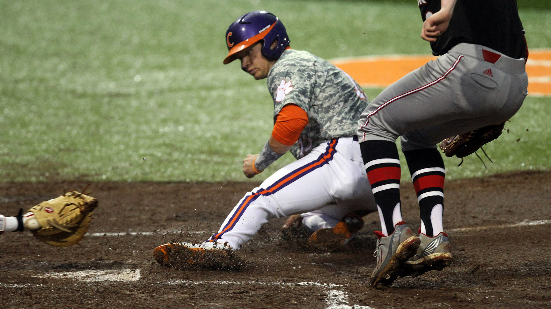 NC State Takes Series With 7-1 Win Over No. 14 Tigers on Monday