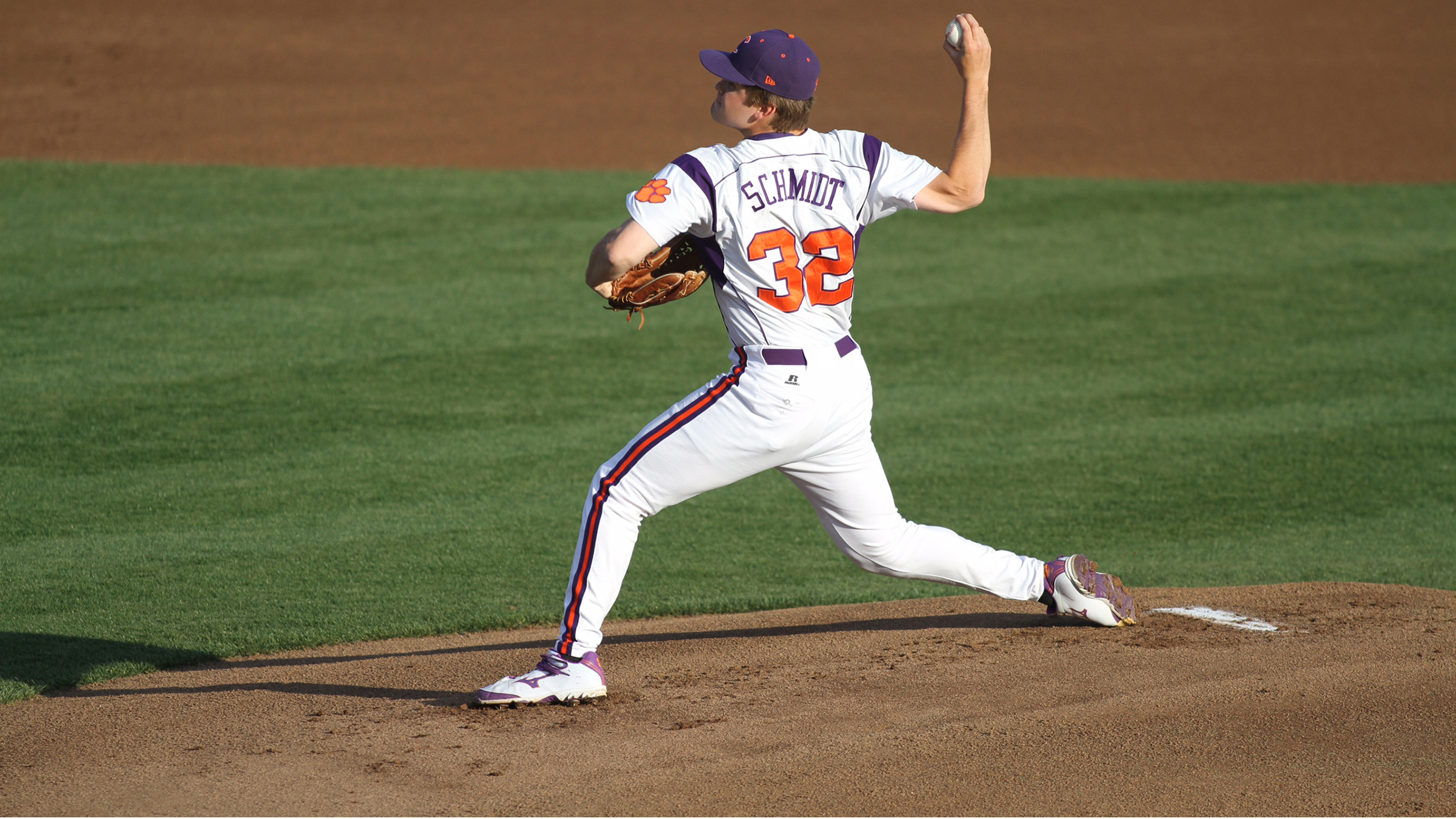 No. 15 Clemson Outlasts Winthrop 4-2 Wednesday