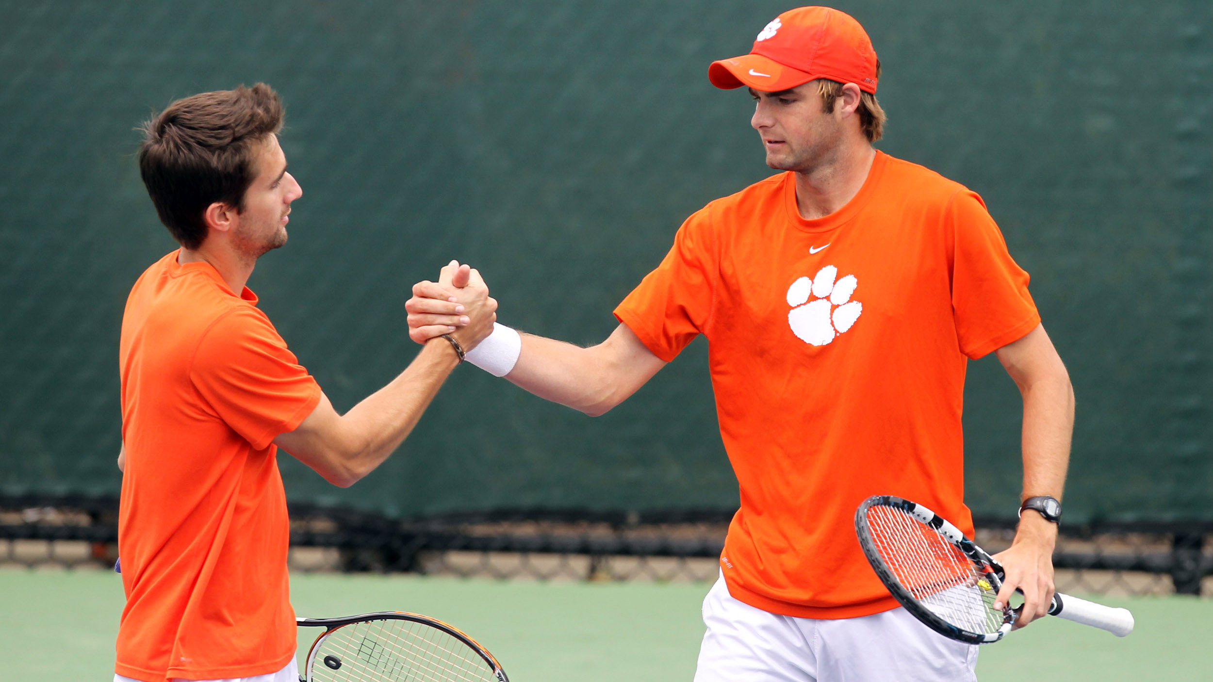 Team Ranked 20th, Two Tigers in Singles Top 100 in Latest ITA Poll