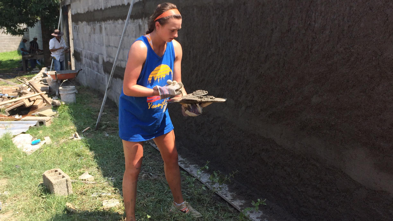 Women?s Soccer Players Help Build School in Honduras during Spring Break Service Trip