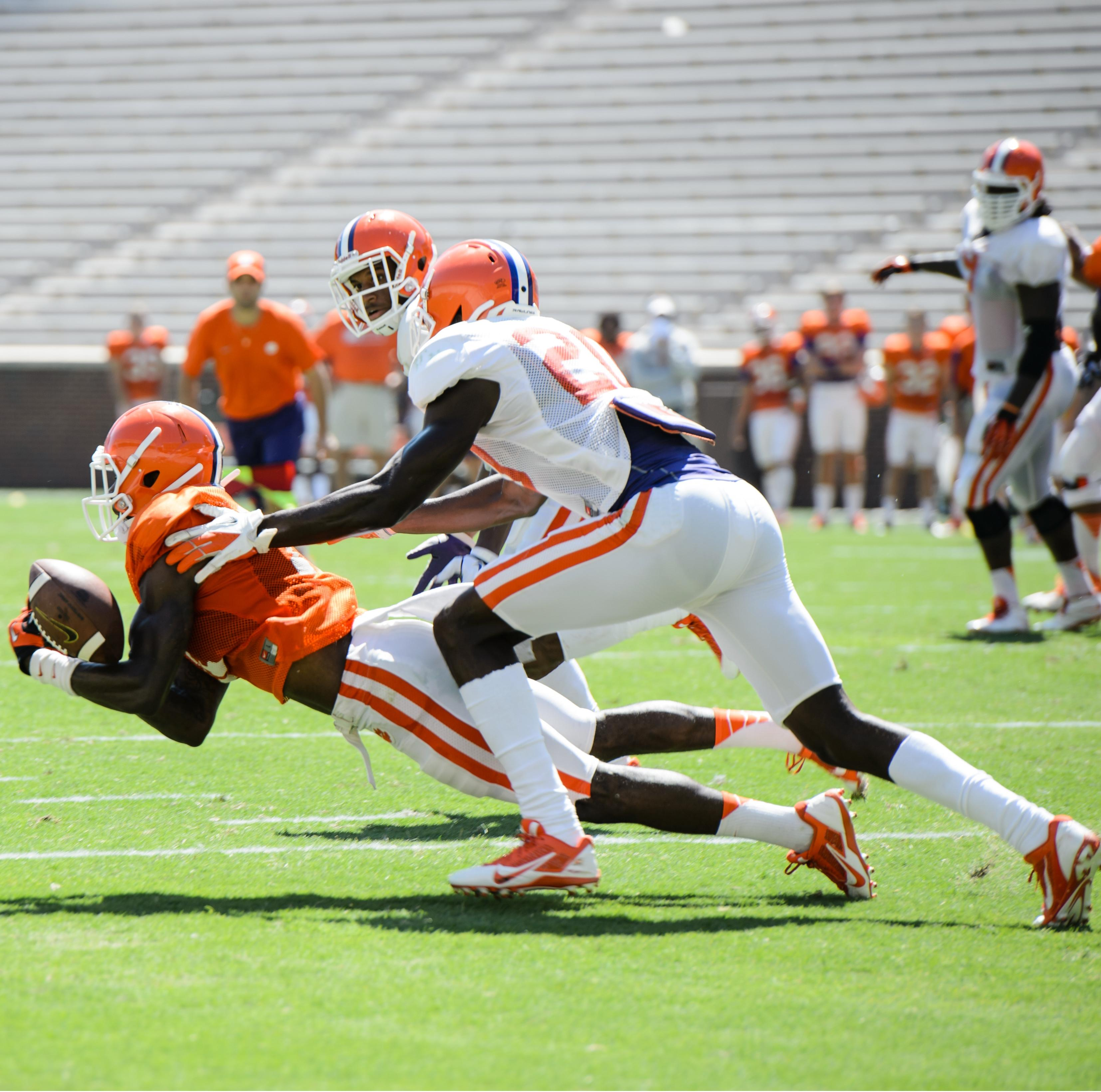 Tigers Hold Situational Scrimmage Wednesday