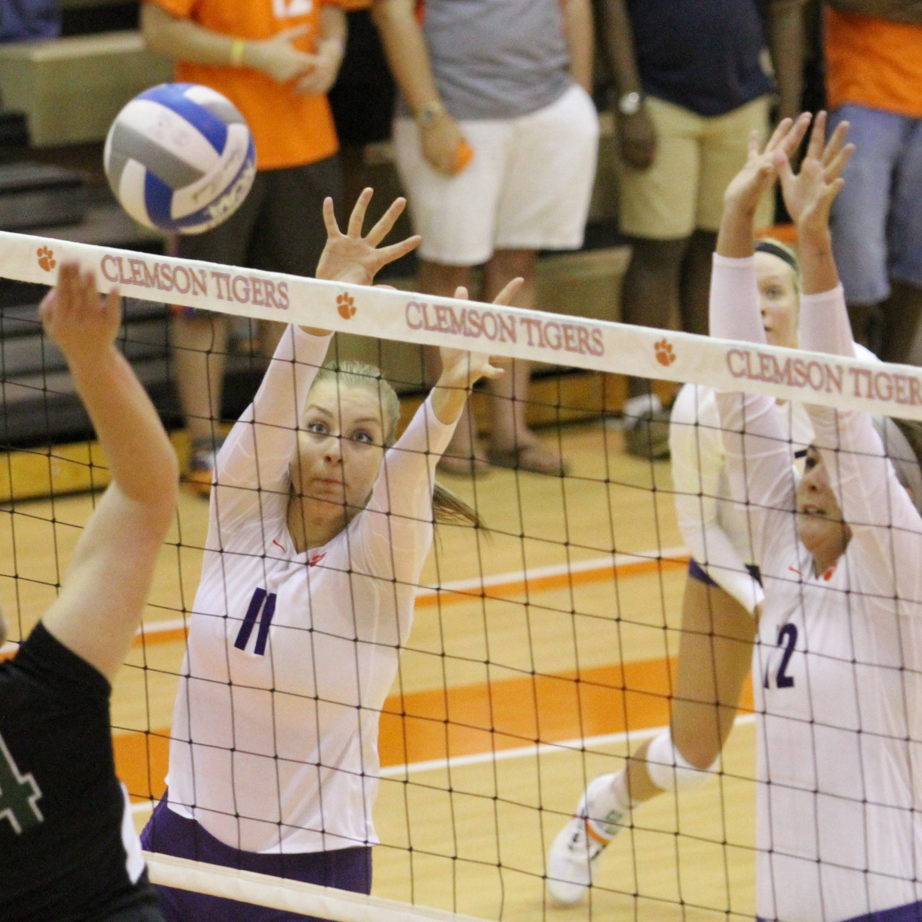 Tigers Fall to Hurricanes 3-1 in Coral Gables Friday